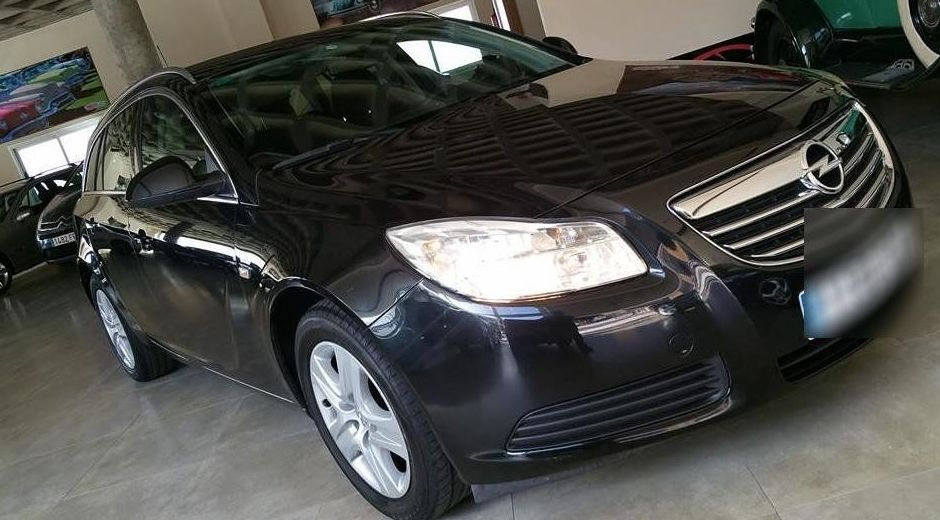 Opel Insignia  : Coches de ocasión  de VAYA COCHES SL