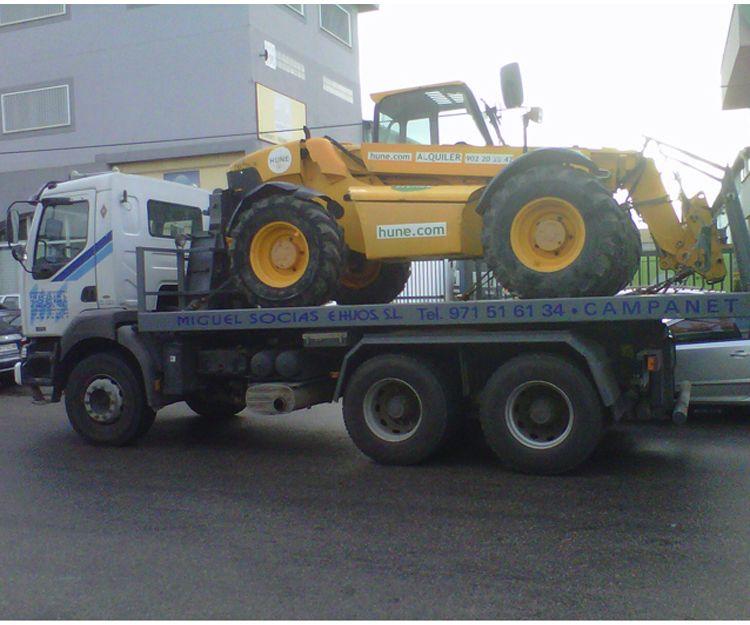 Transporte de vehículos industriales