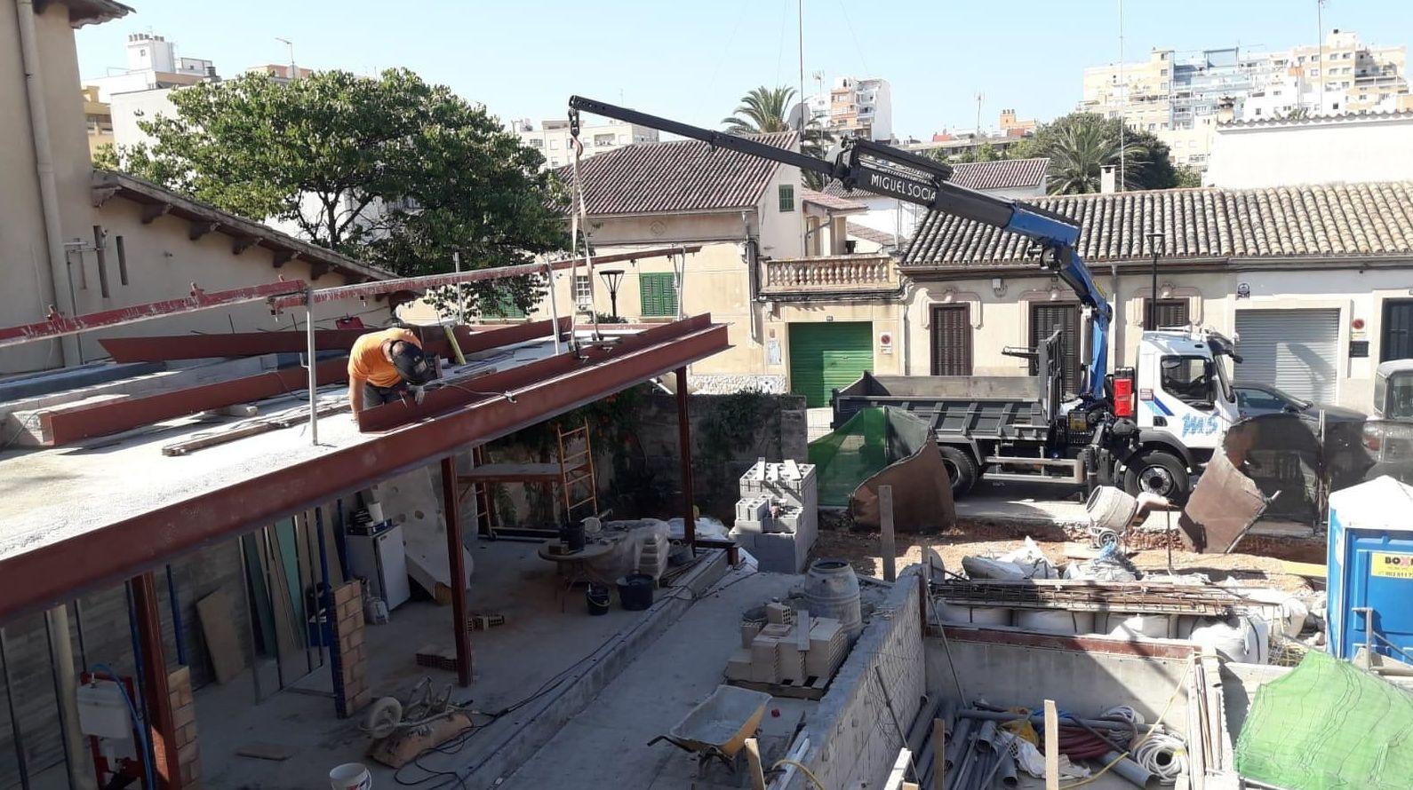 Foto 12 de Transporte y materiales de construcción en Campanet | Transportes Miguel Socias e Hijos