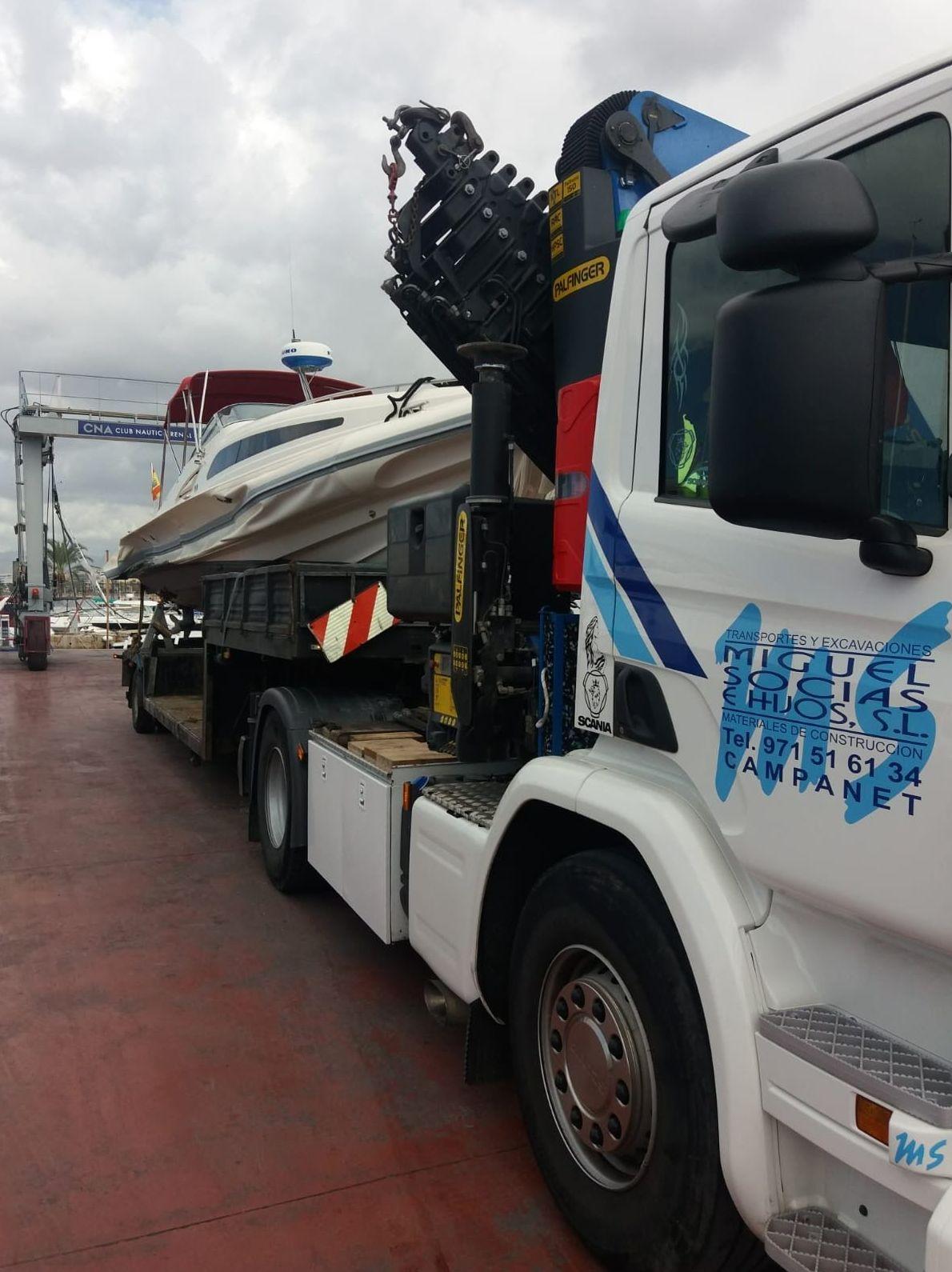 Foto 2 de Transporte y materiales de construcción en Campanet | Transportes Miguel Socias e Hijos