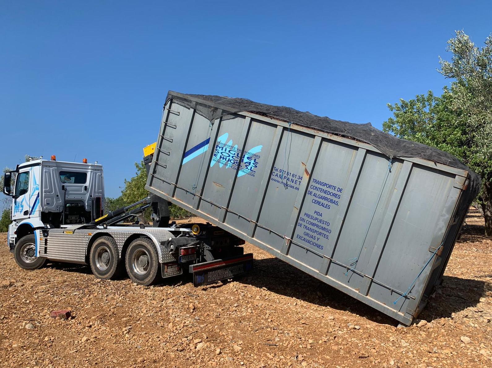 Foto 5 de Transporte y materiales de construcción en Campanet   Transportes Miguel Socias e Hijos