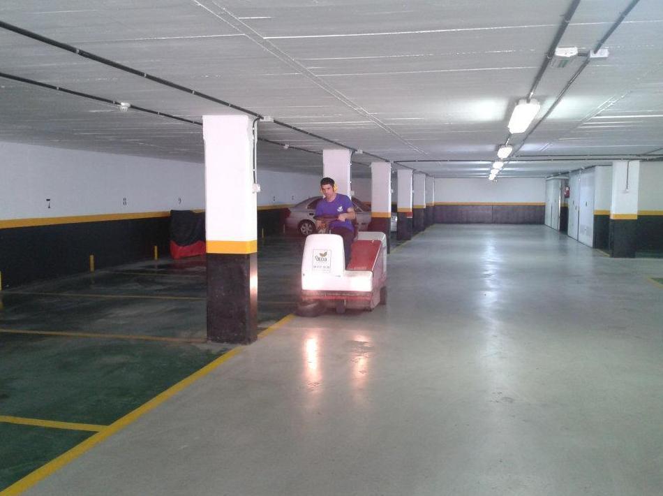 Limpieza de garajes en Sopelana