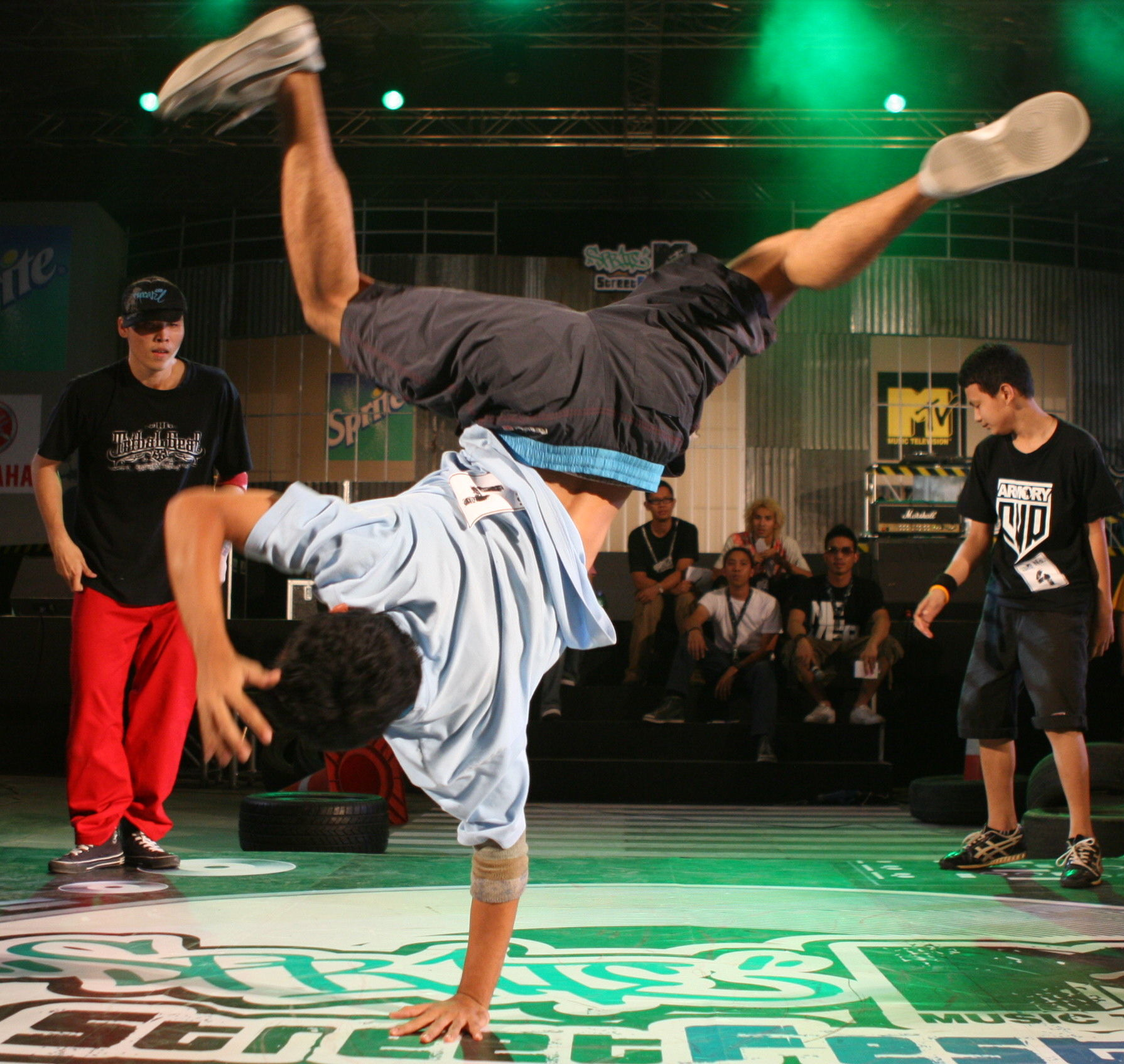 Break Dance: Cursos de RUMBACHE