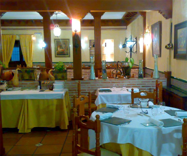 Amplios salones para celebraciones en Toledo