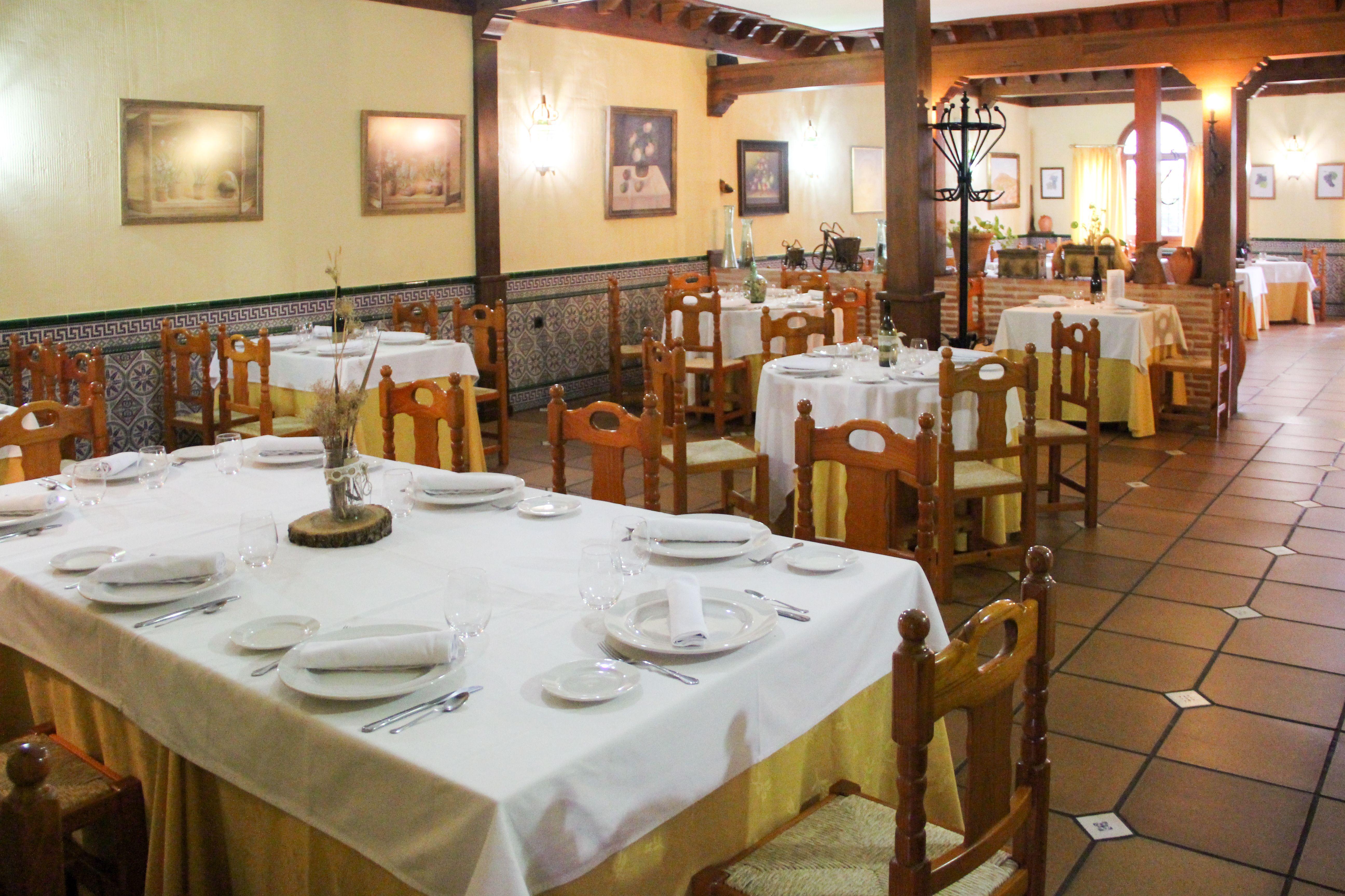 Salones del Restaurante Casa Parrilla en Toledo