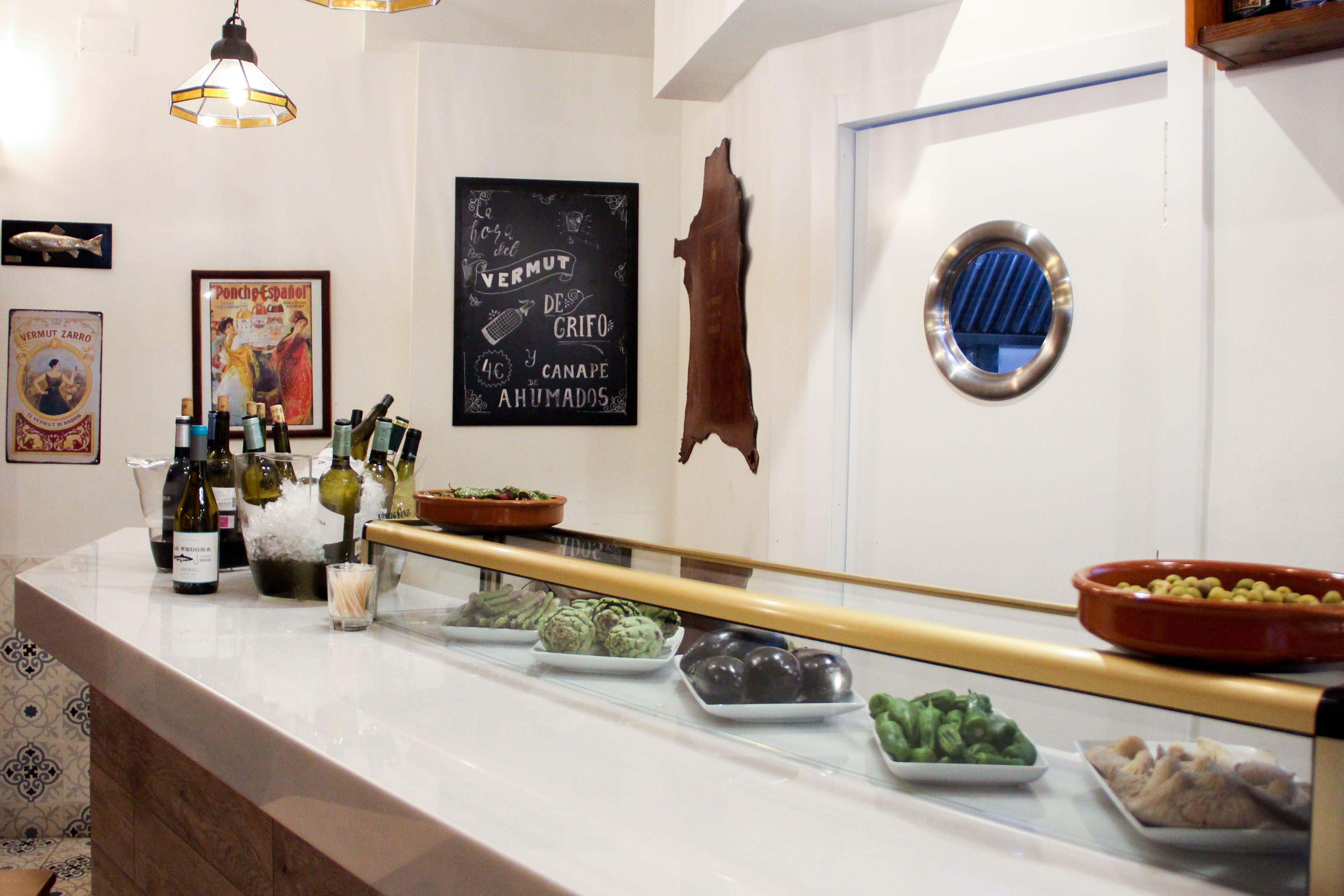 En Taberna La Trucha llevamos desde 1956 ofreciendo una cocina tradicional para disfrute de todos nuestros clientes