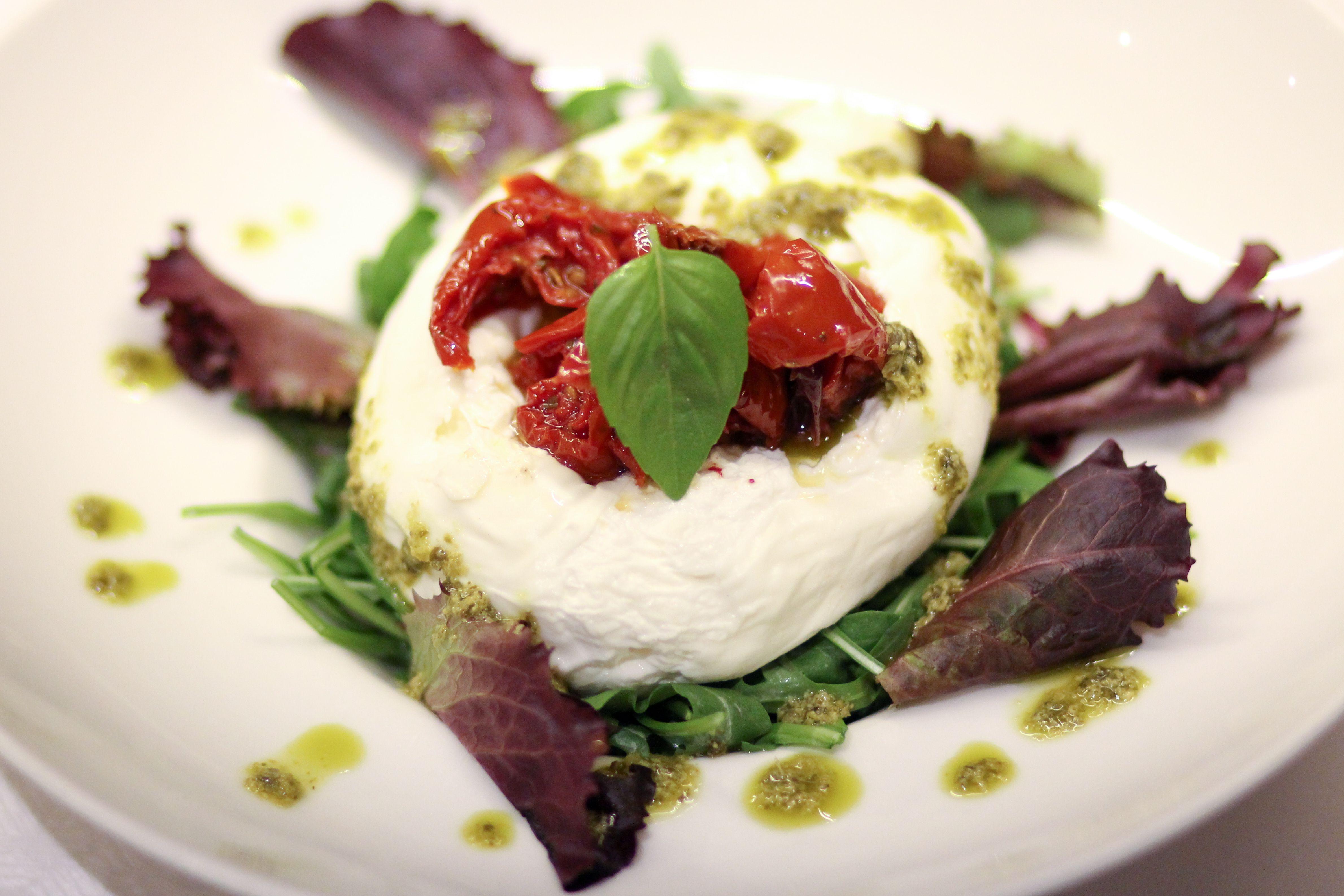 En Taberna La Trucha te ofrecemos una cuidada selección de deliciosas propuestas gastronómicas