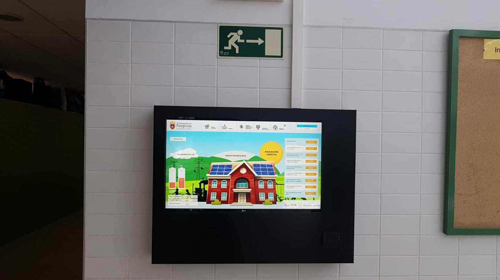 Adjudicataria para instalación de paneles solares fotovoltaica para autoconsumo en el colegio Bernat Etxepare, Pamplona