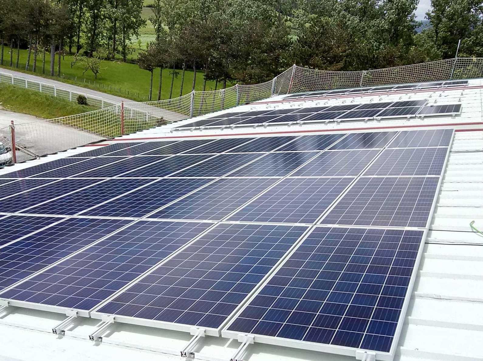 Eficiencia Energetica, Instalación fotovoltaica para la Industria Uhalrod Navarra