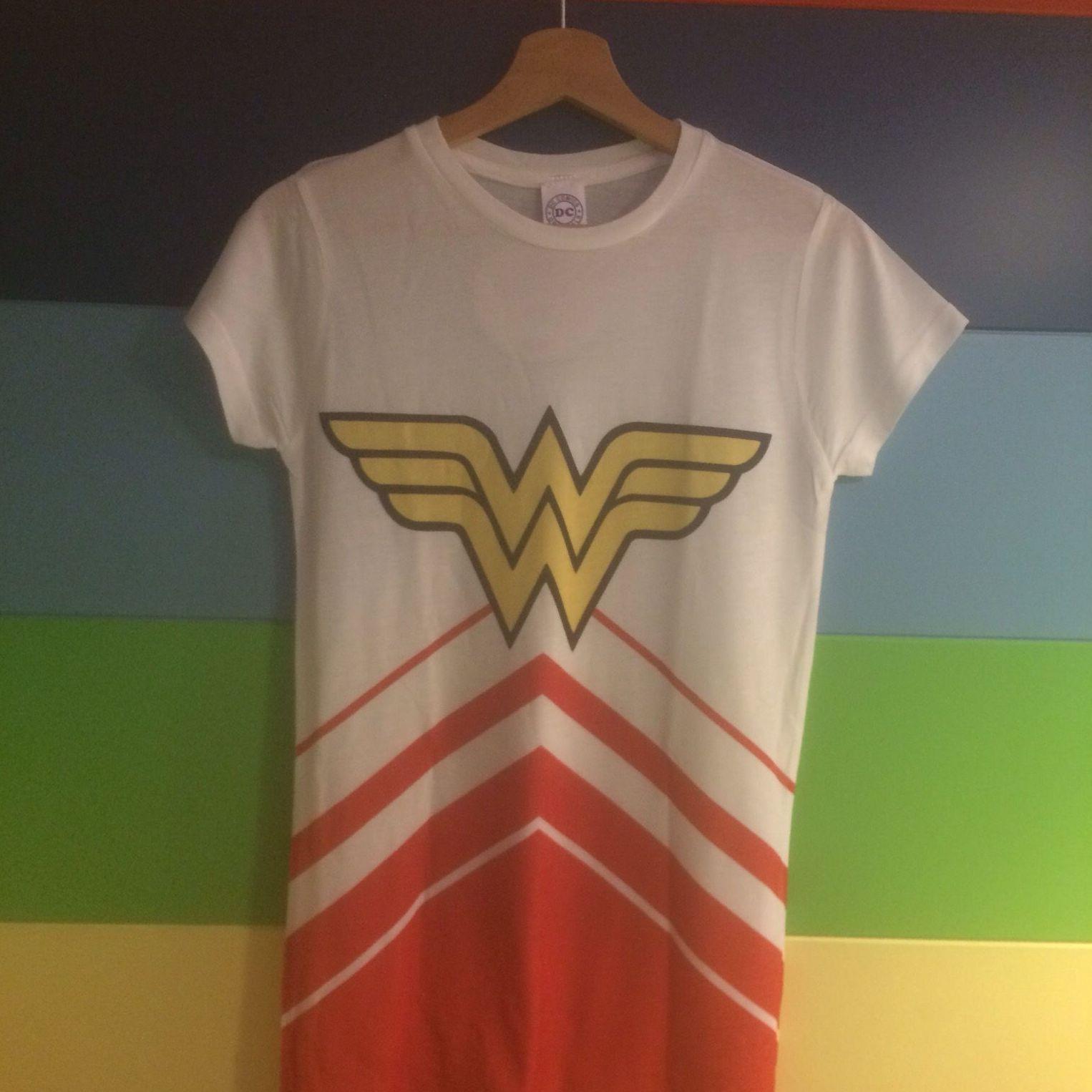 Camiseta Wonder Woman: Productos de 22Vintidós
