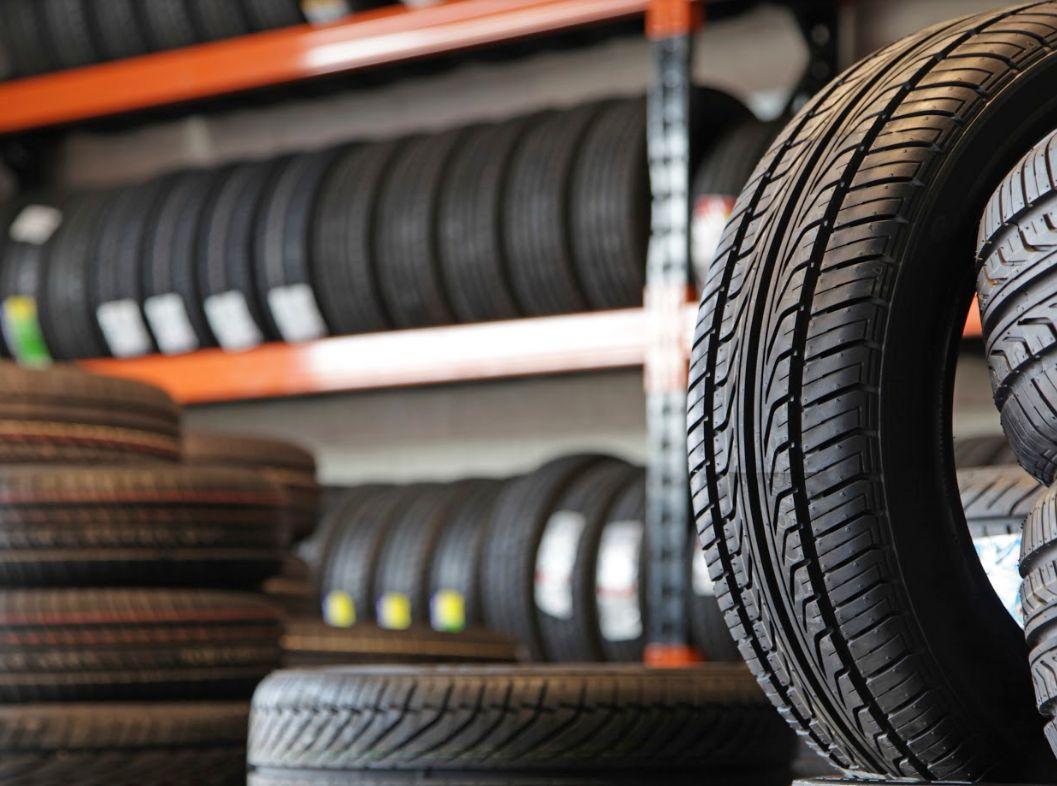 Neumáticos nuevos y de ocasión: Servicios de Conema 2000