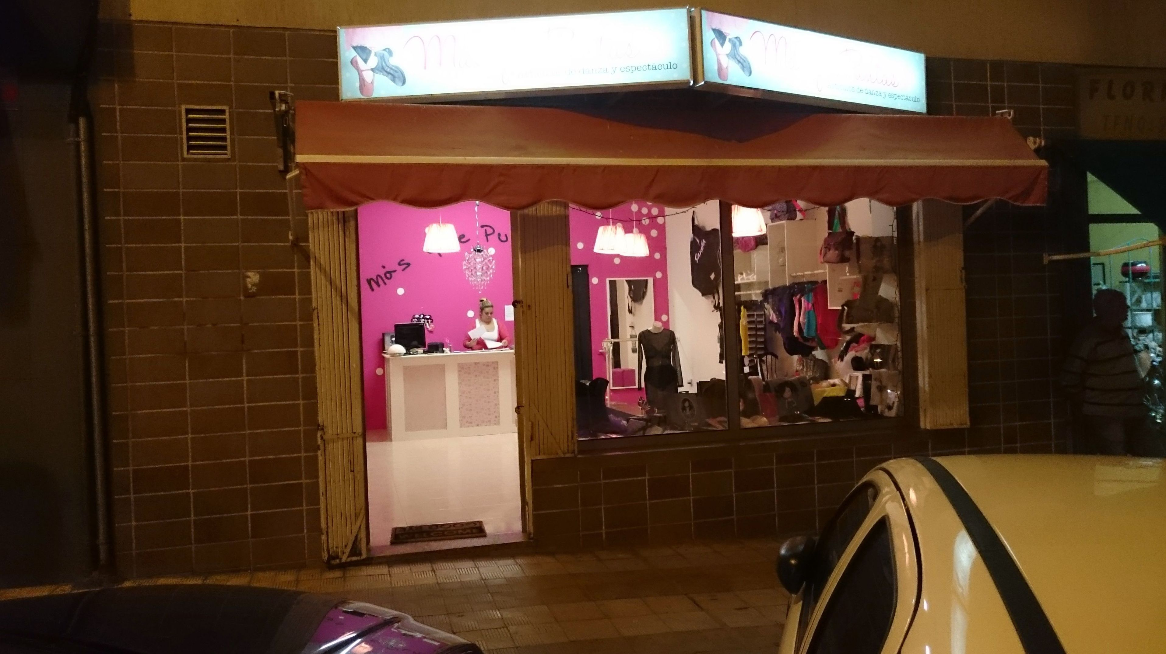 Obra Tienda Mas Que Puntas calle Juan Pablo II Num. 50 ( antigua 18 de Julio ) Santa Cruz