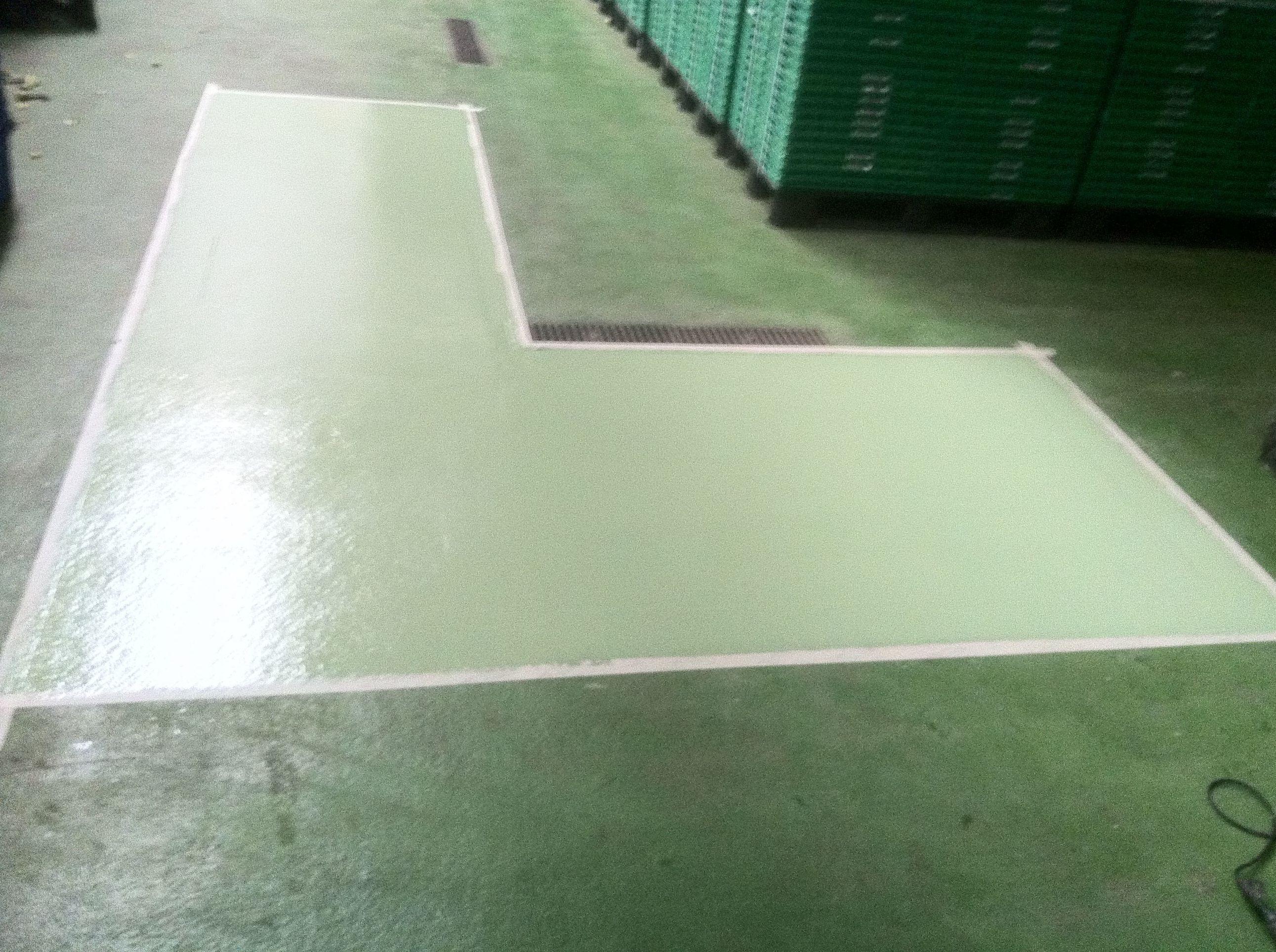 Reparación de pavimento epoxi aplicación de la resina epoxi