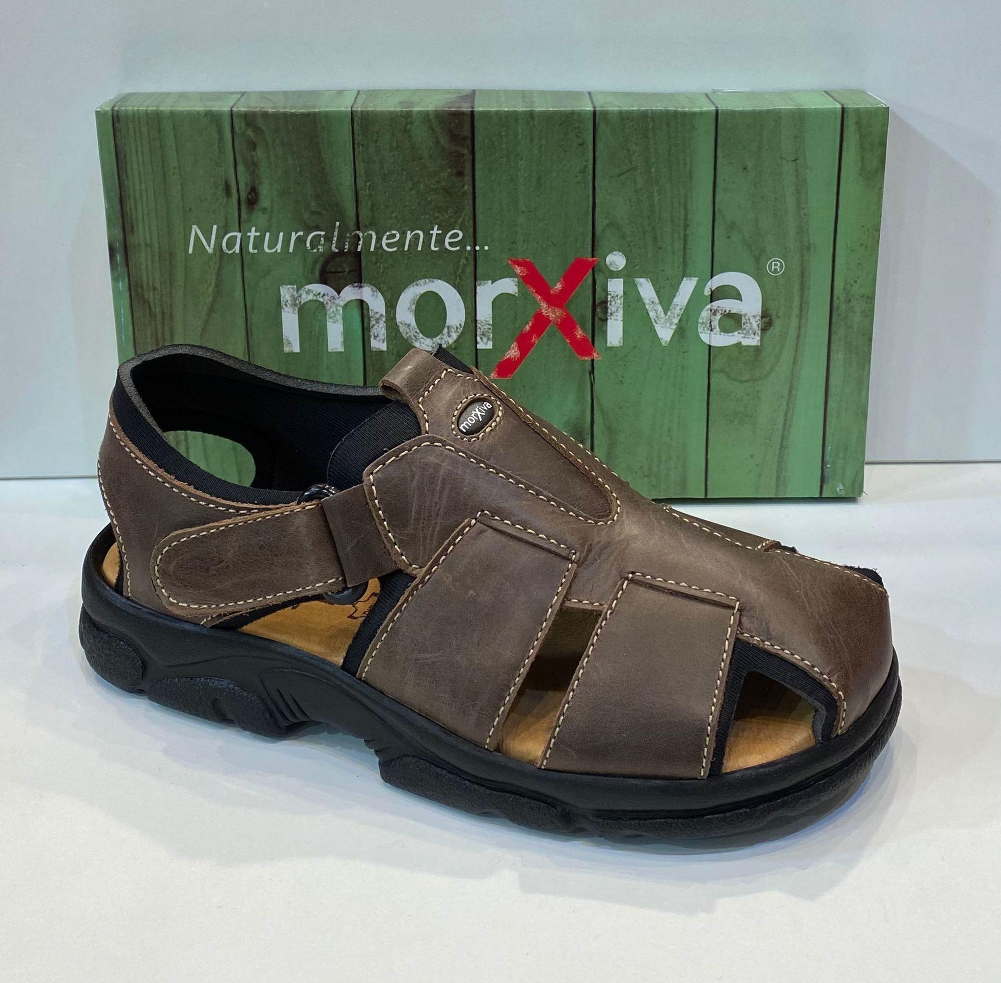 Sandàlia d'home de la marca Morxiva, ample especial, tires encoixinades, especial peus diabètics, sola de poliouretà 44€ www.calzadosllinas.es
