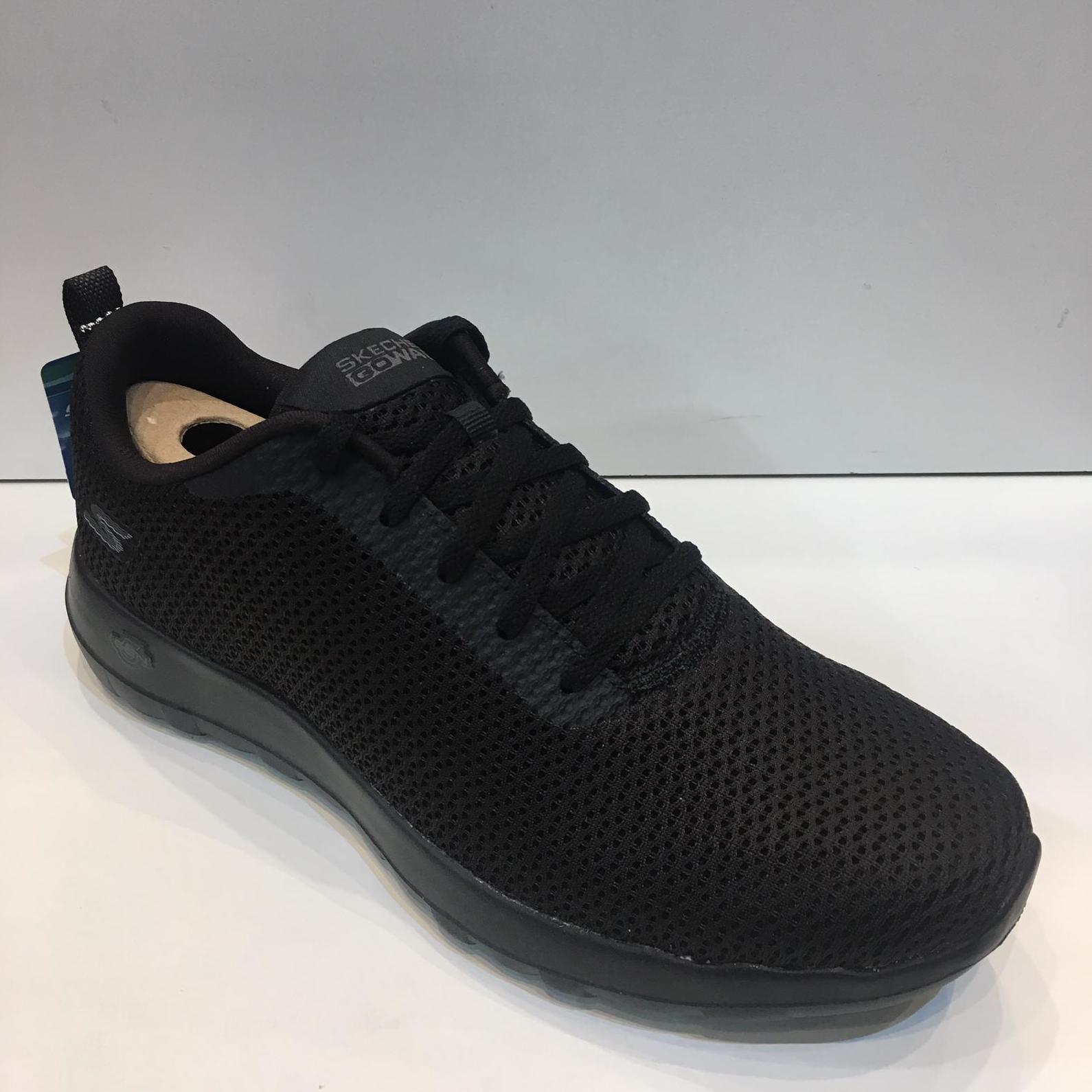 Sabata esportiva d'home, de la marca Skechers, plantilla Goga Max, sola de resalite Go Walk 5 Gen 59.95€
