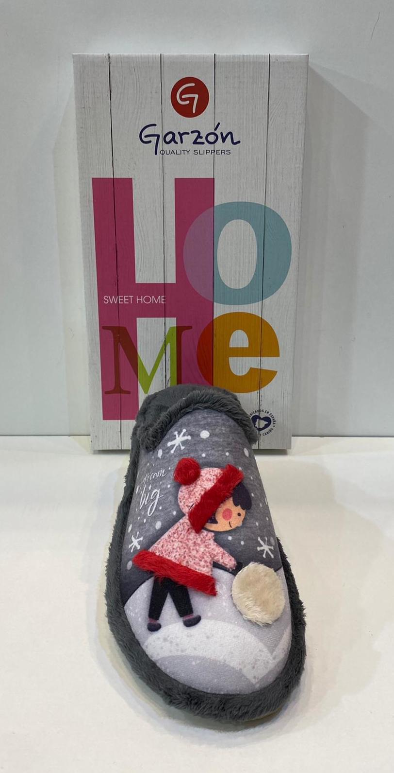 Espardenya de dona, de la marca Garzón, amb sola de microporós especial parquet 31€