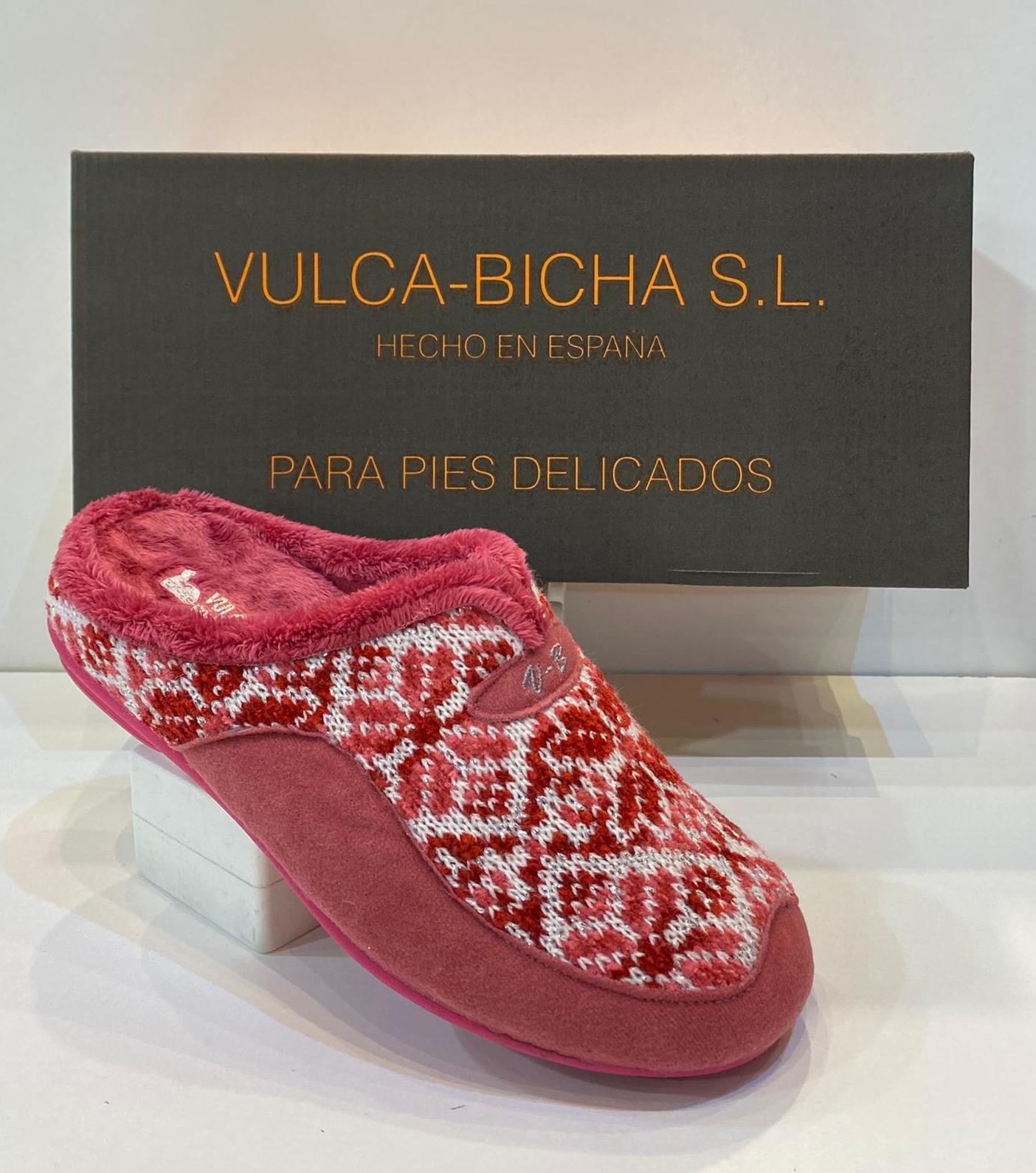 Espardenya de dona, de la marca Vulca-Bicha, destapada, amb sola de goma i plantilla extraible, adaptable a plantilles ortopèdiques 20€
