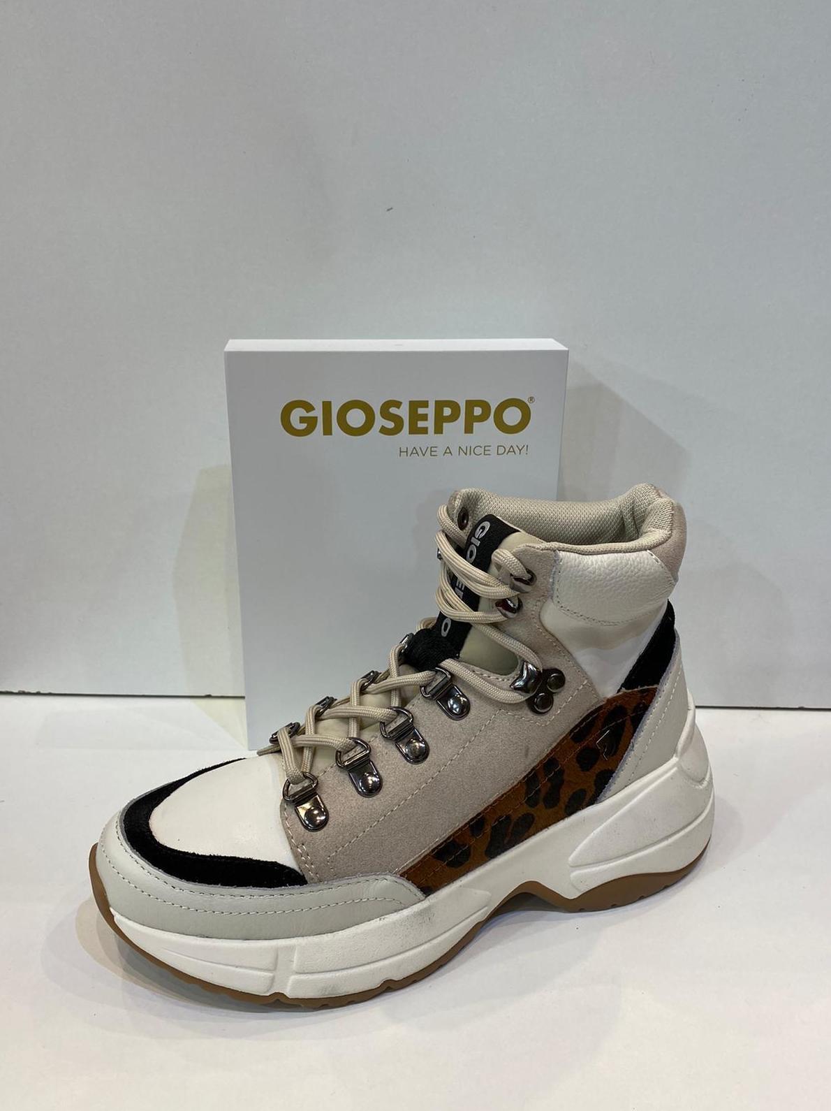Botí de dona, de la marca Gioseppo 84.95€