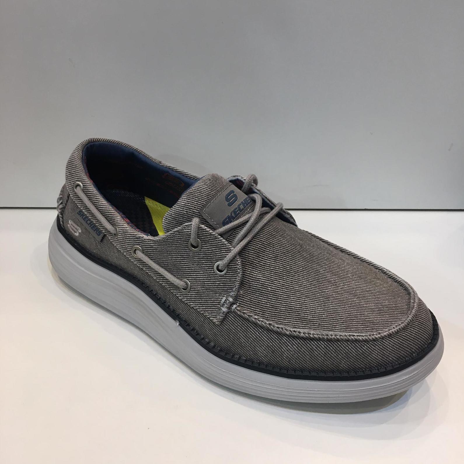 sabata d'home de la marca Skechers, amb plantilla Air-Cooled Memory Foam, sola de resalite 64.95€