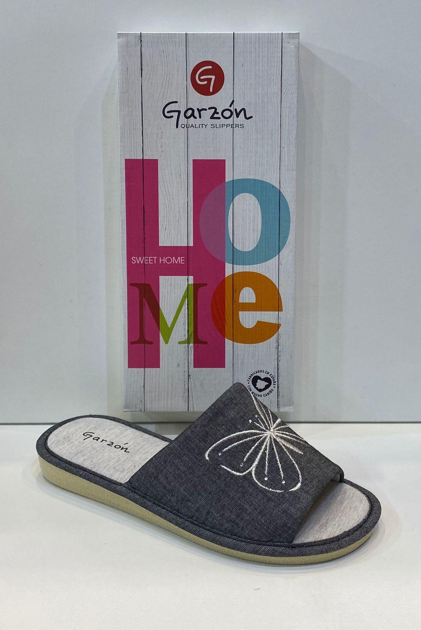 Espardenya de dona, de la marca Garzón, de roba de fibra de bambú antialèrgica, sola de microporós especial parquet 28.50€