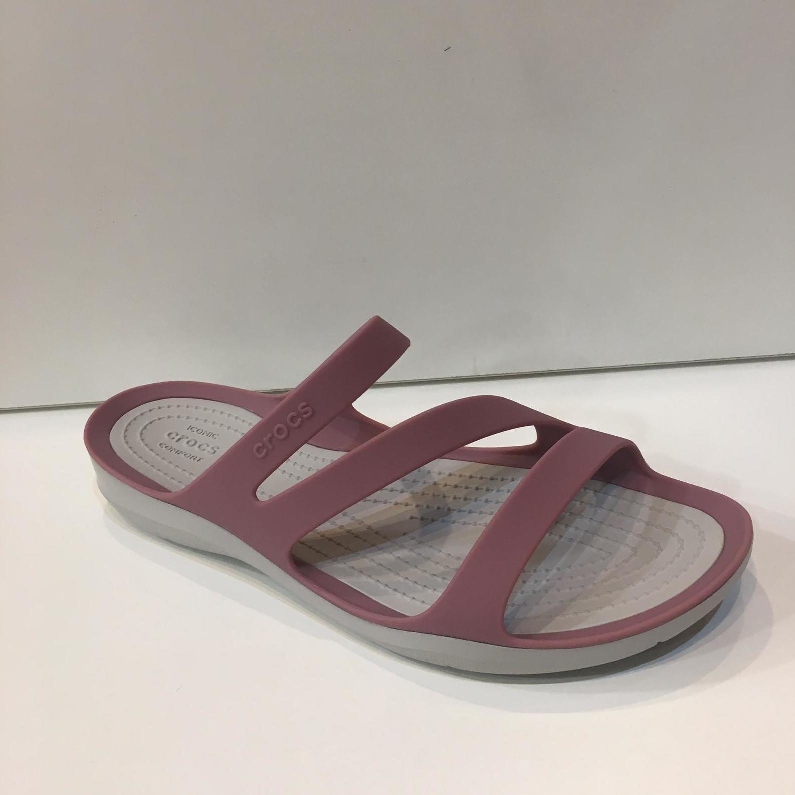 sandàlia de dona de la marca Crocs 39.90€