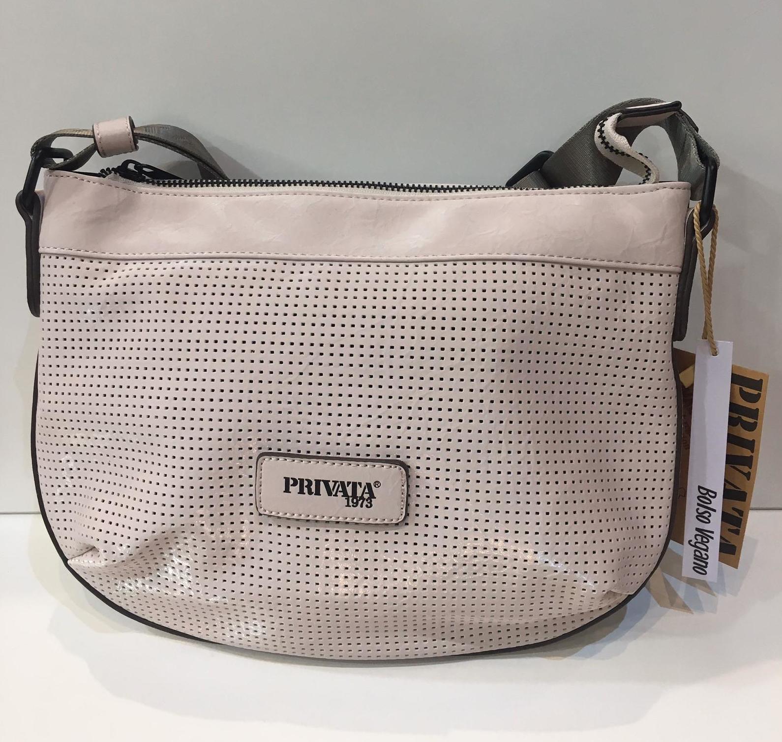 Bossa de la marca Privata, de mida petita, bossa vegana, tira llarga per creuar adaptable a totes les mides 50€