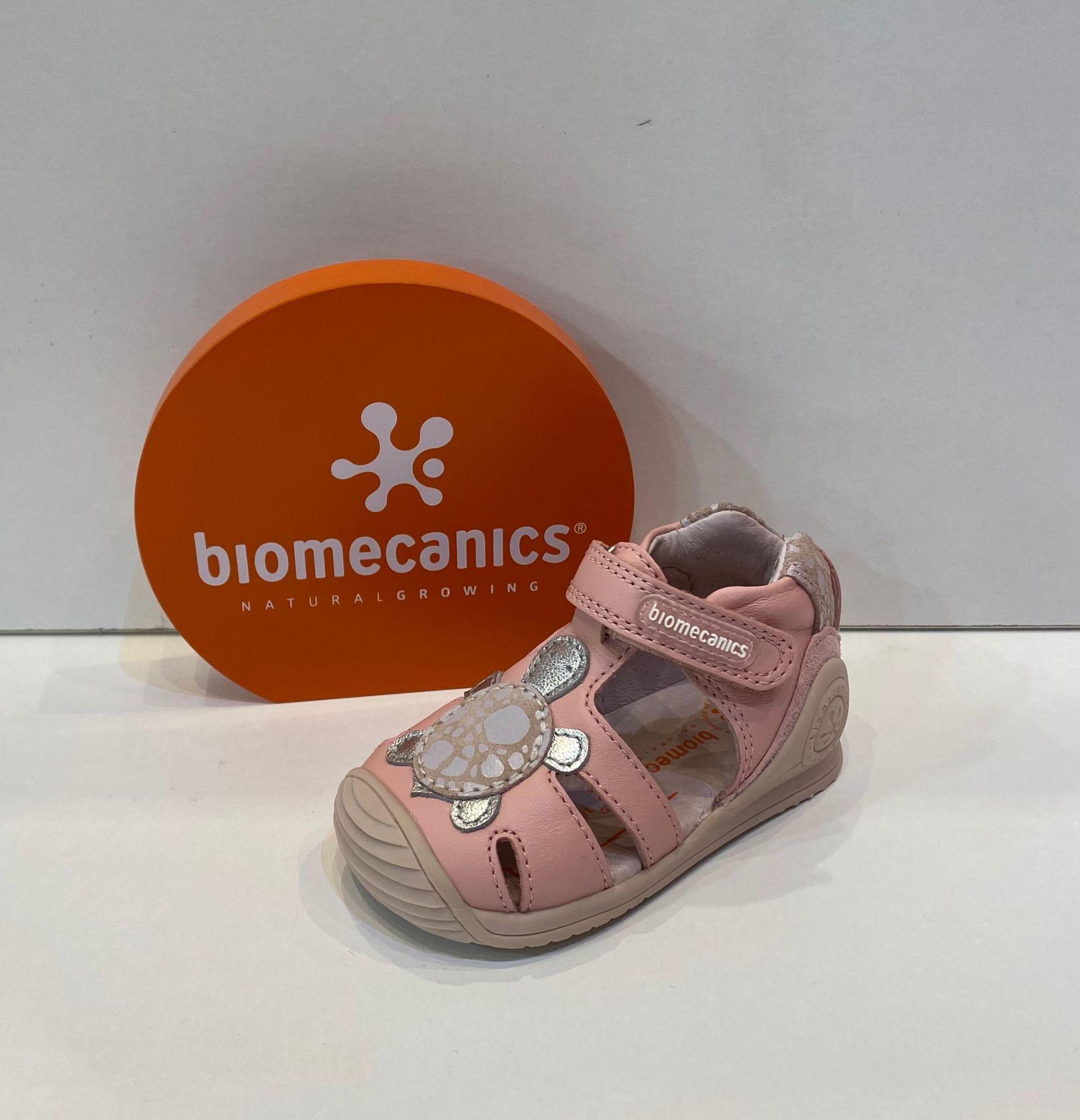 Sandàlia de nena, de la marca Biomecanics, de pell, sola especial per a gatejar i caminar, amb estabilitzador per a màxima seguretat 47.90€