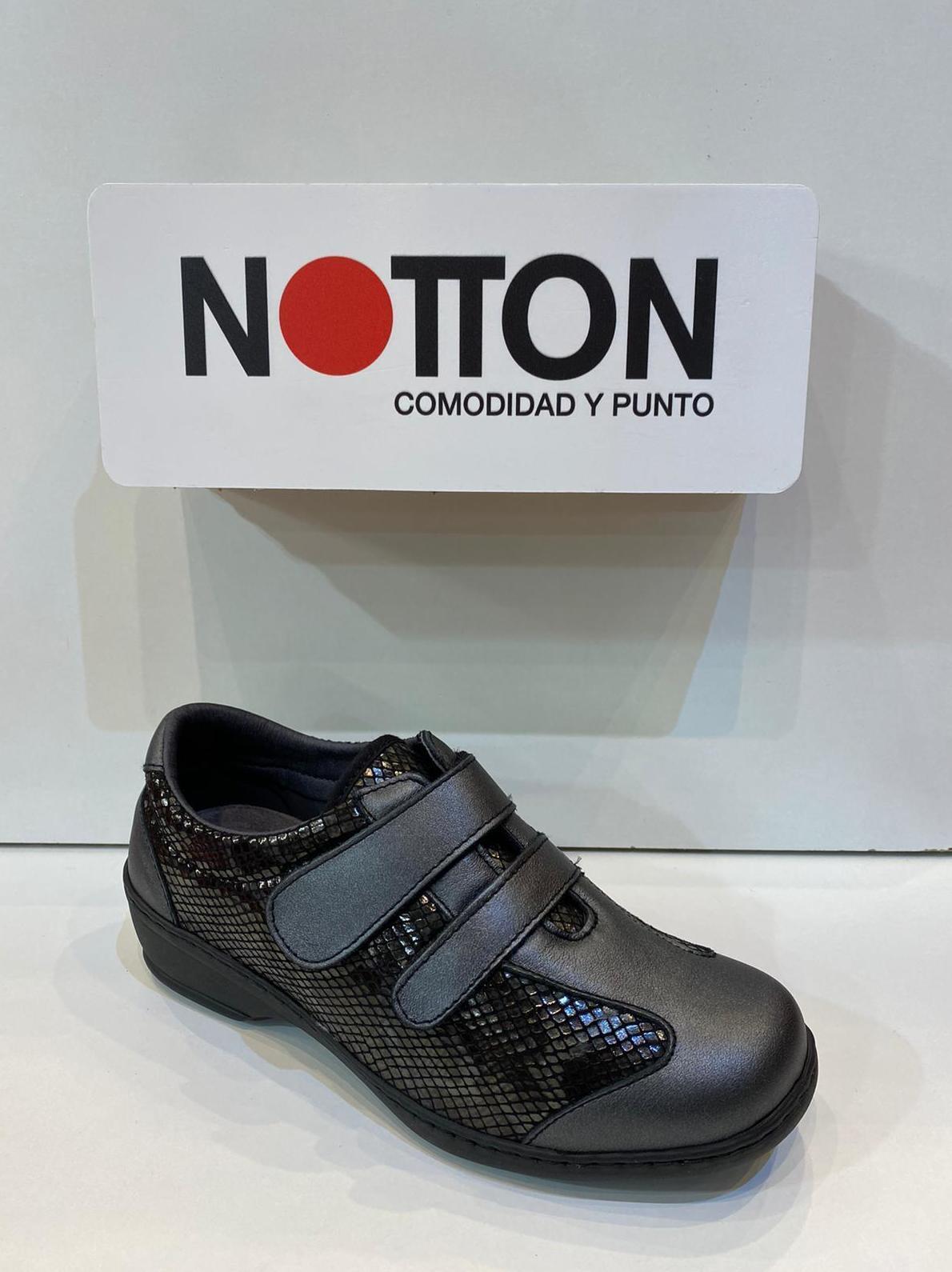 Blucher de dona, de la marca Notton, ample especial, elàstiques, adaptable a plantilles ortopèdiques A-16 75€