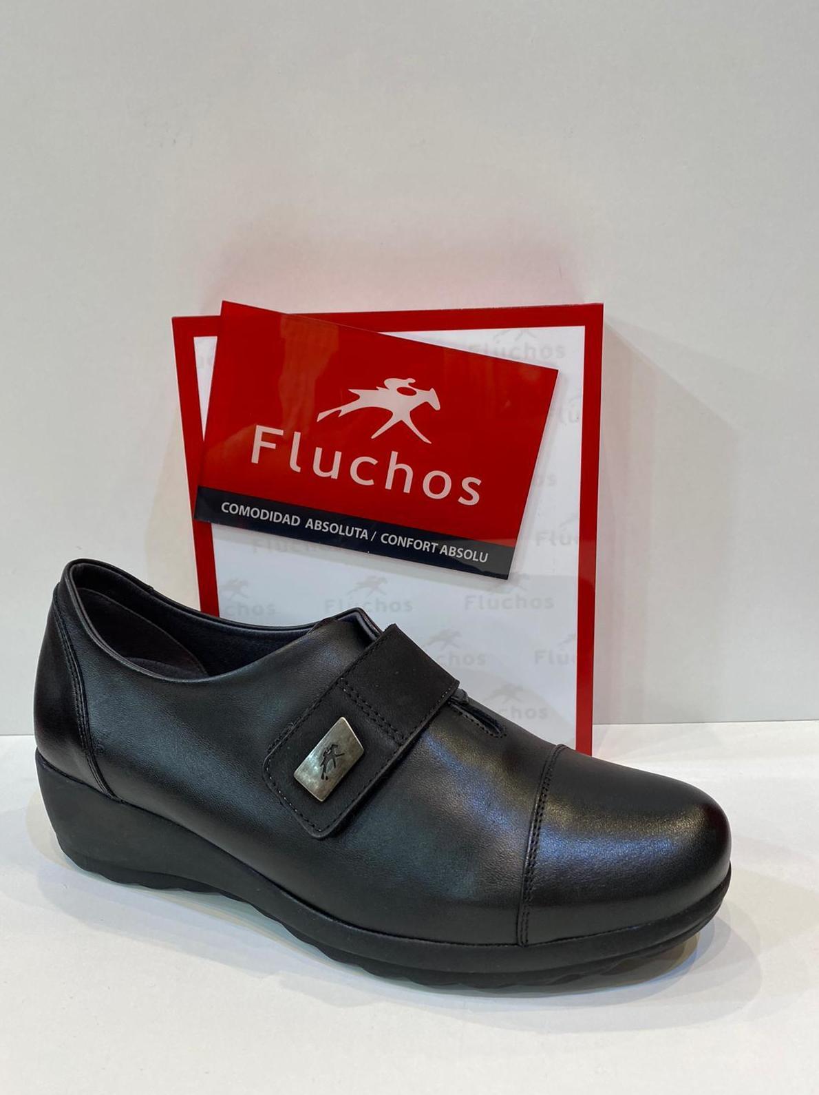 Blucher de dona, de la marca Fluchos, ample especial, plantilla de viscoelàstica, adaptable a plantilles ortopèdiques sola de làtex amb càmera d'aire 79.90€