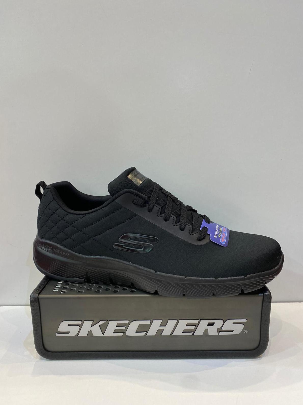 Sabata esportiva d'home, de la marca Skechers, de pneopré, plantilla Memory Foam Air-Colled, sola de resalite 69.95€