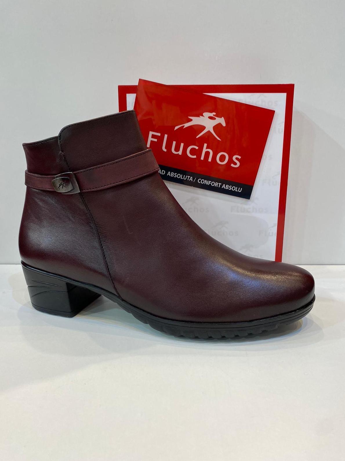 Botí de dona, de la marca Fluchos, ample especial, plantilla de viscoelàstica, adaptable a plantilles ortopèdiques, amb sola de làtex amb càmera d'aire 99.90€