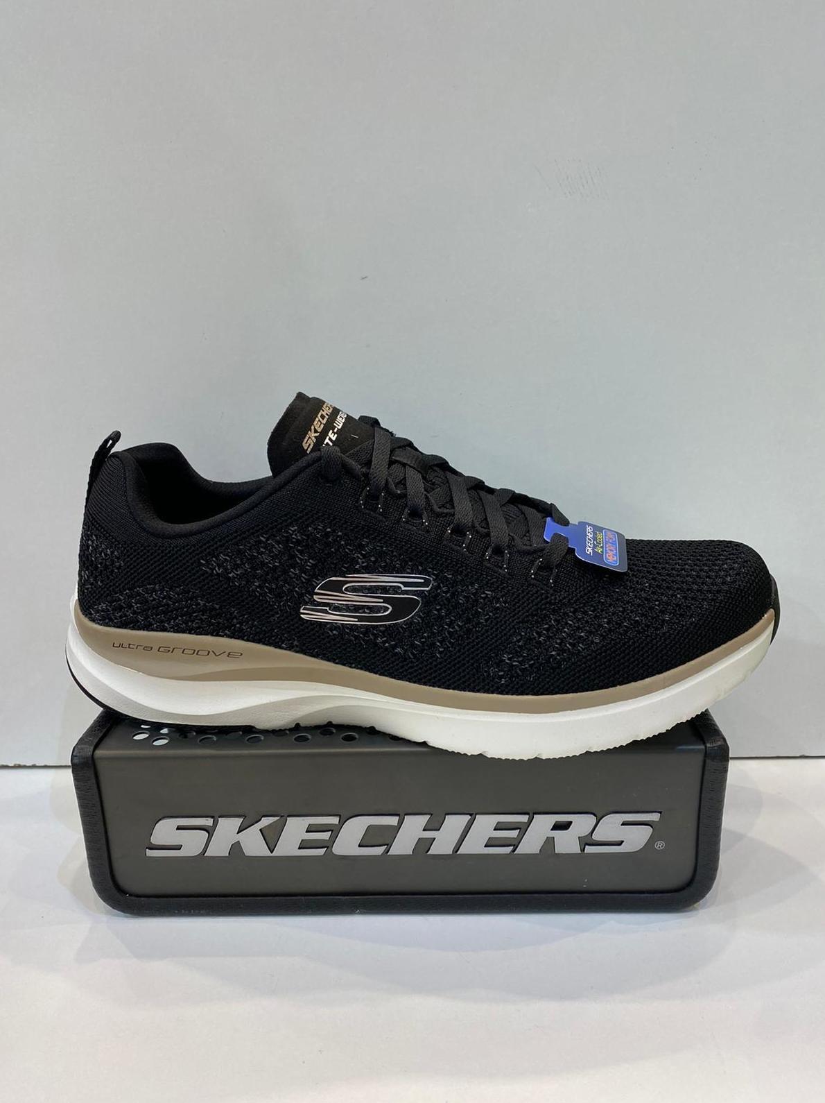 Sabata esportiva d'home, de la marca Skechers, plantilla Memory Foam Air-Colled, sola de resalite 74,95€