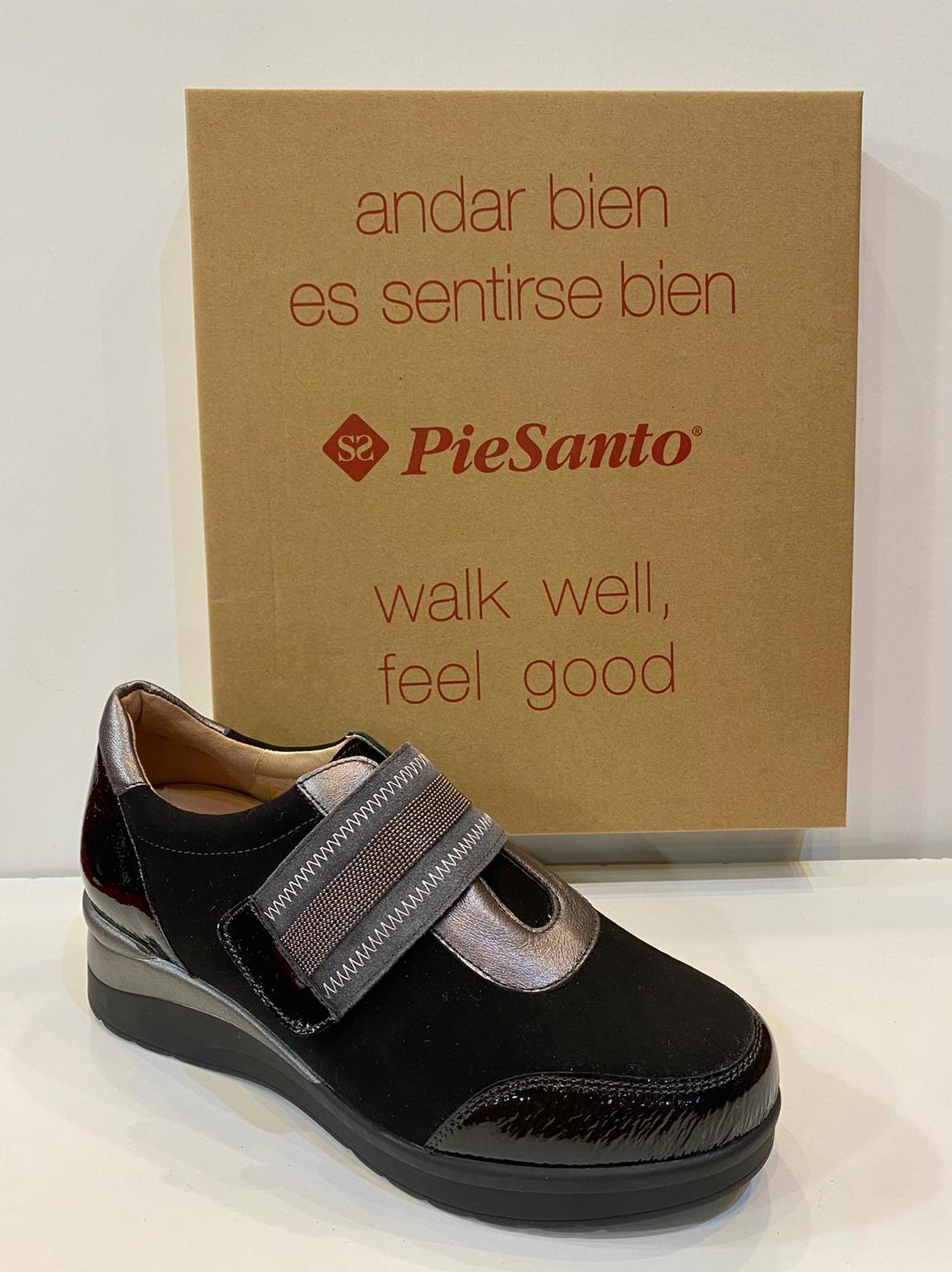 Blucher de dona, de la marca Pie Santo, ample especial, adaptable a plantilles ortopèdiques, sola de politilè amb càmera d'aire 112€