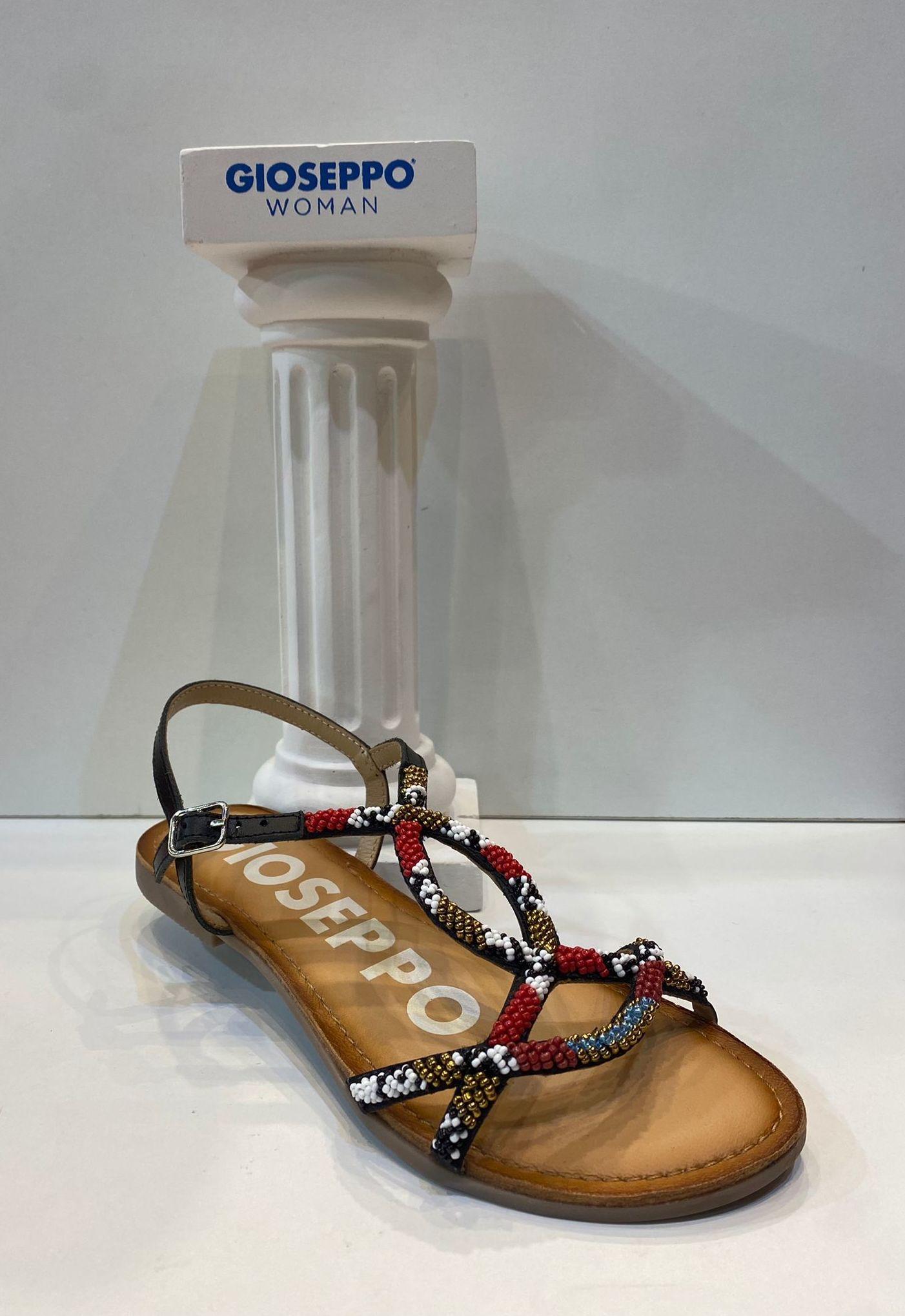 Sandàlia de dona, de la marca Gioseppo, plantilla encoixinada de làtex, sola de goma antilliscant 39.95€