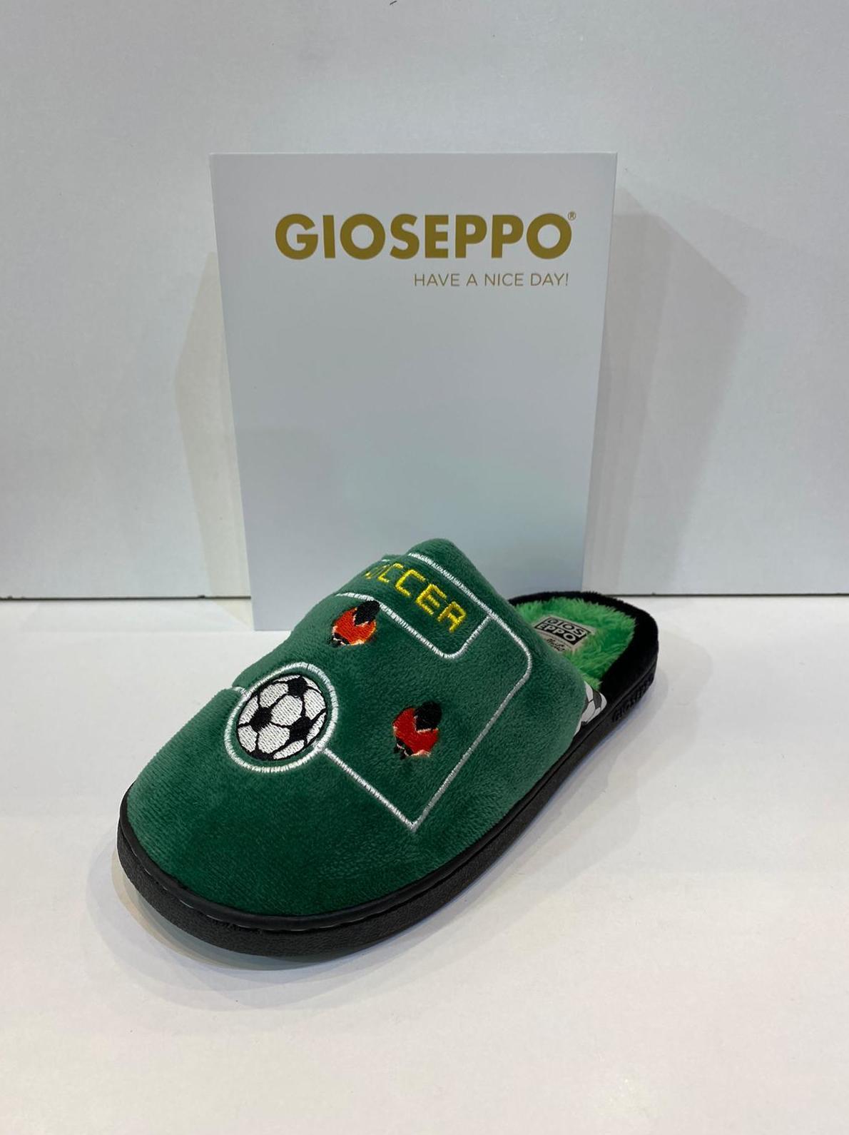 Espardenya de nen, de la marca Gioseppo, plantilla encoixinada i sola de goma 16.95€