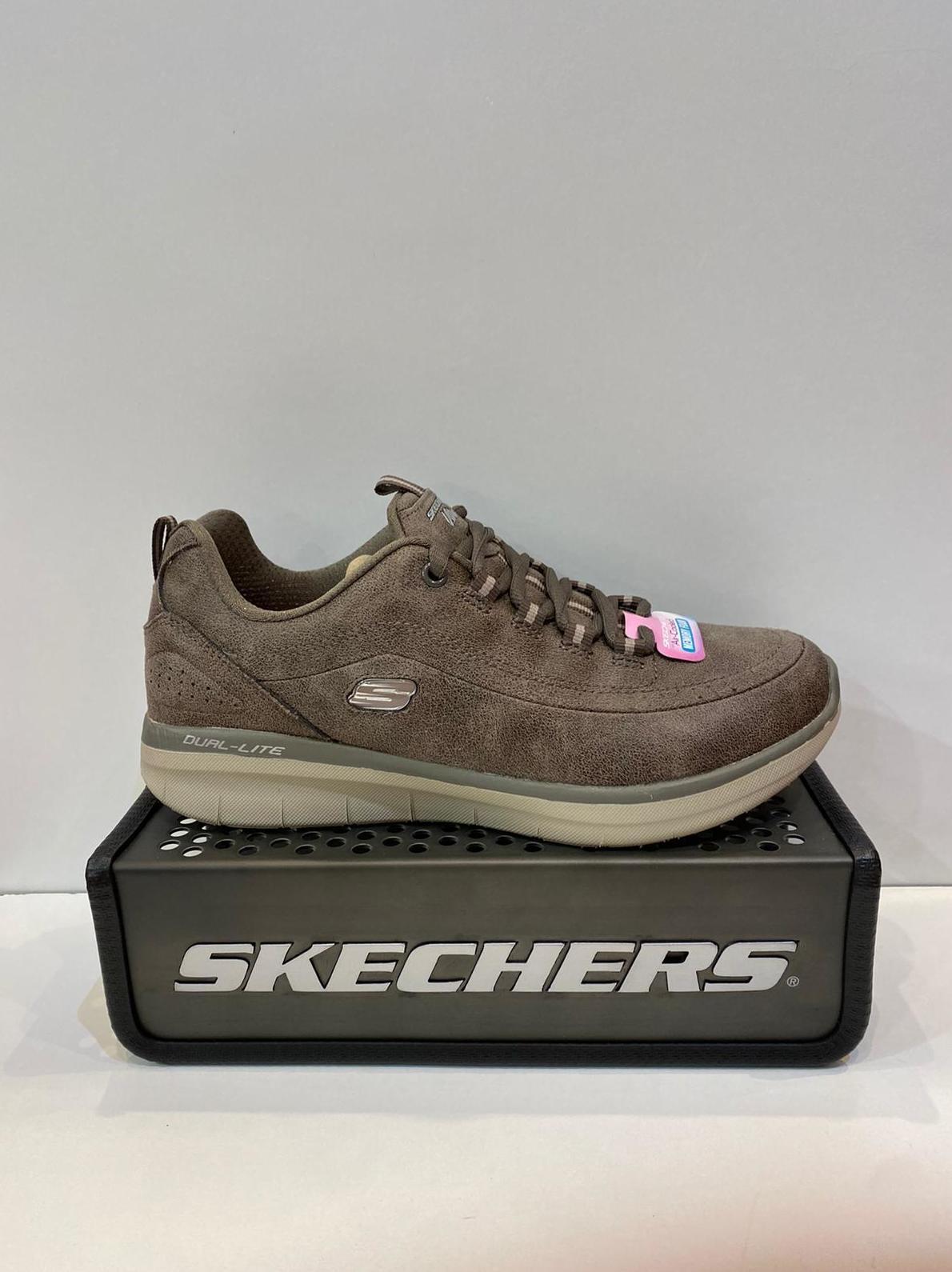 Sabata esportiva de dona, de la marca Skechers, plantilla memory foam air-cooled i sola de resalite 64.95€