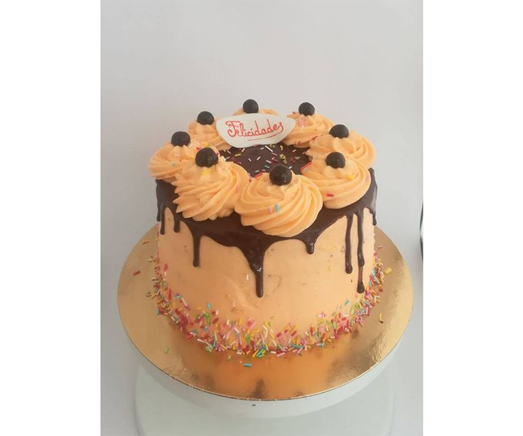 Drip cake para cumpleaños