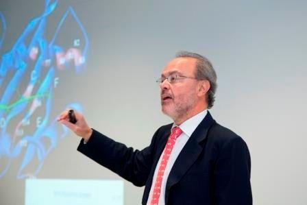 Médico reumatólogo en Asturias