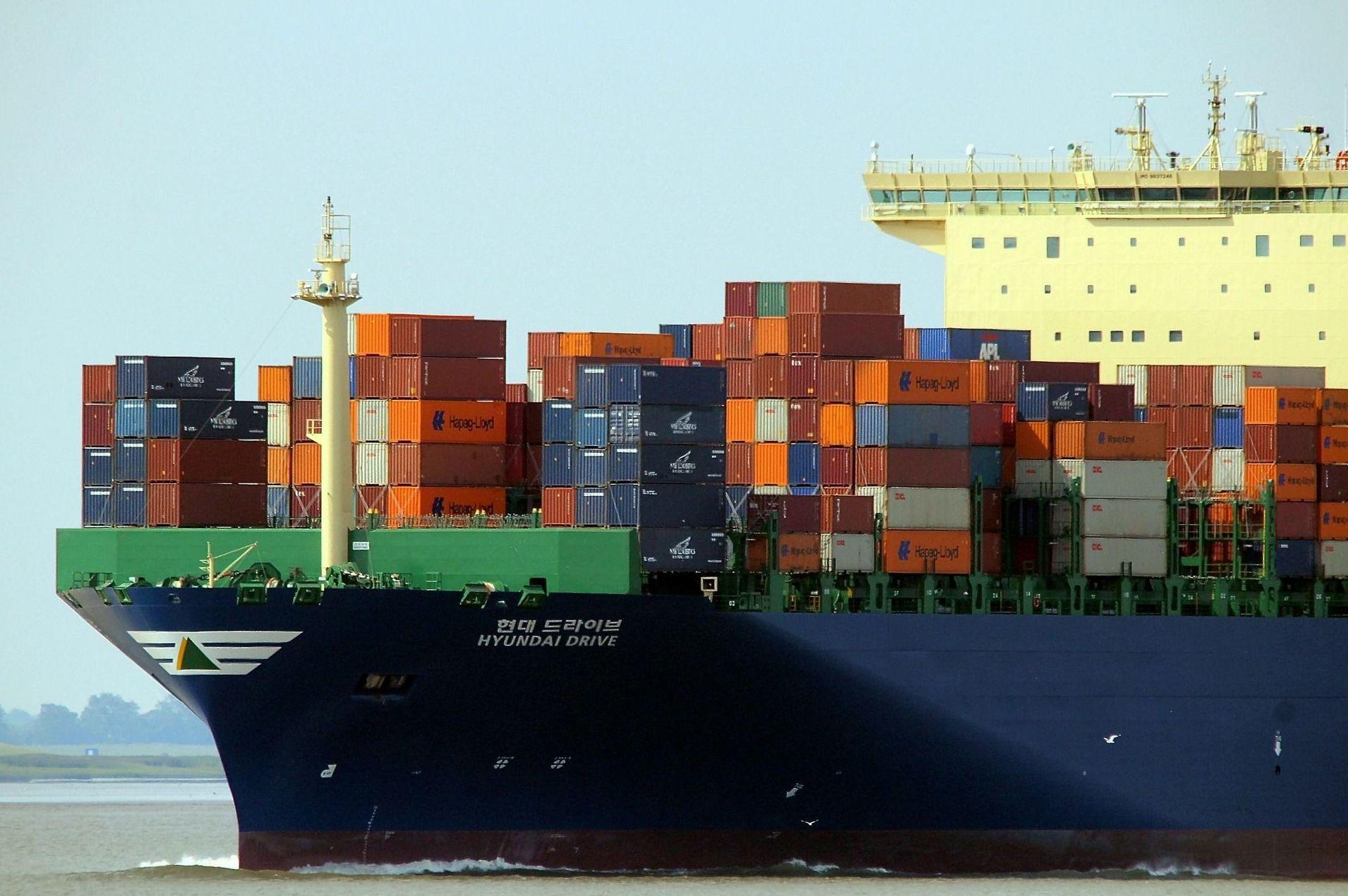Empresa transitaria de transportes nacionales e internacionales