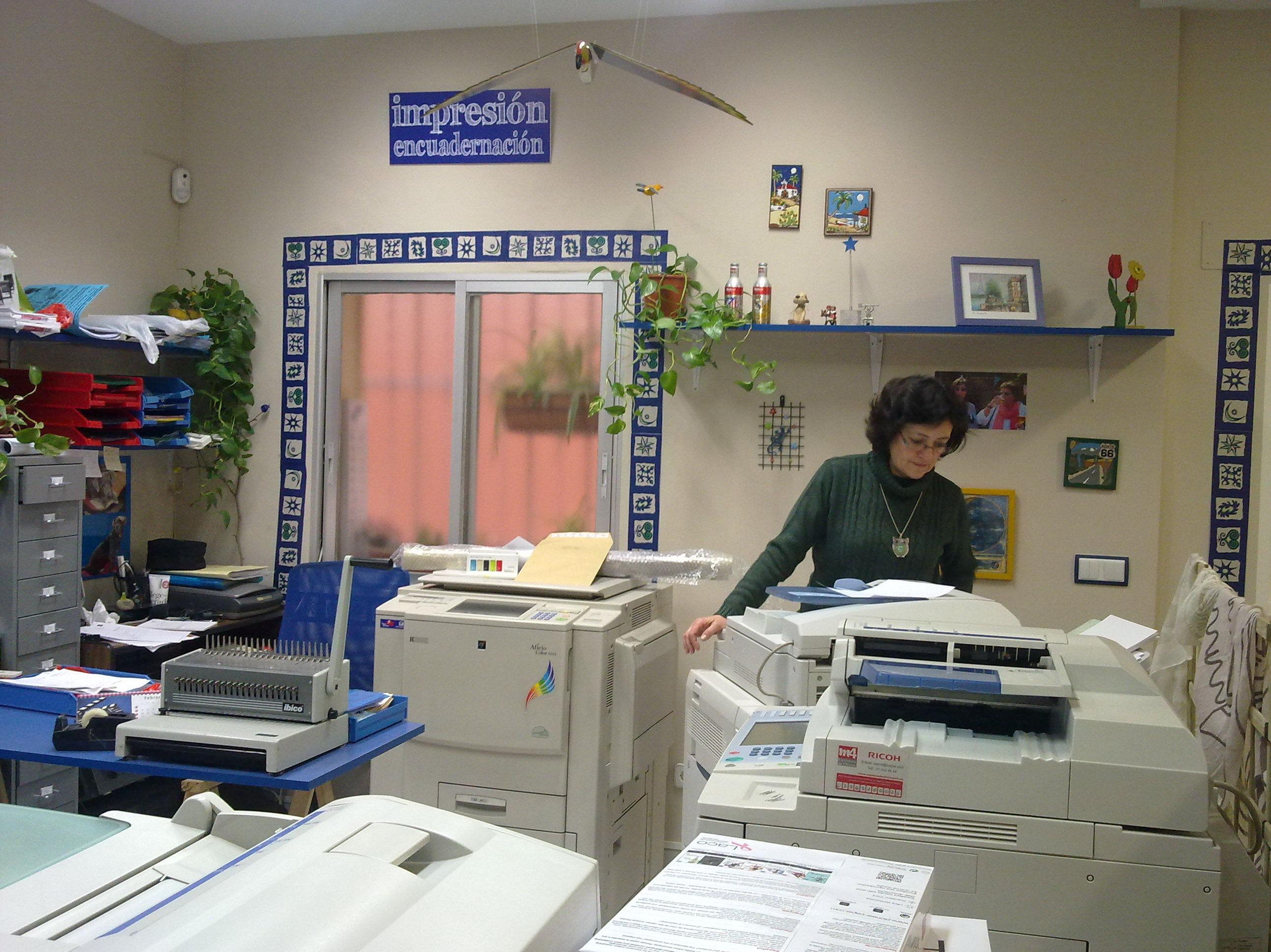 La Puerta del Ángel, reprografía, copistería, encuadernación, impresión digital