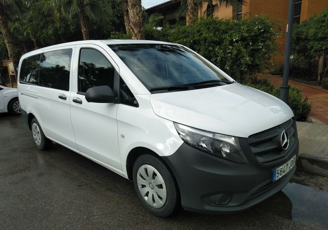 Mercedes Vito para 9 pasajeros