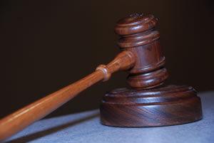 Derecho penal: Servicios de Lertxundi Lizaso Nere