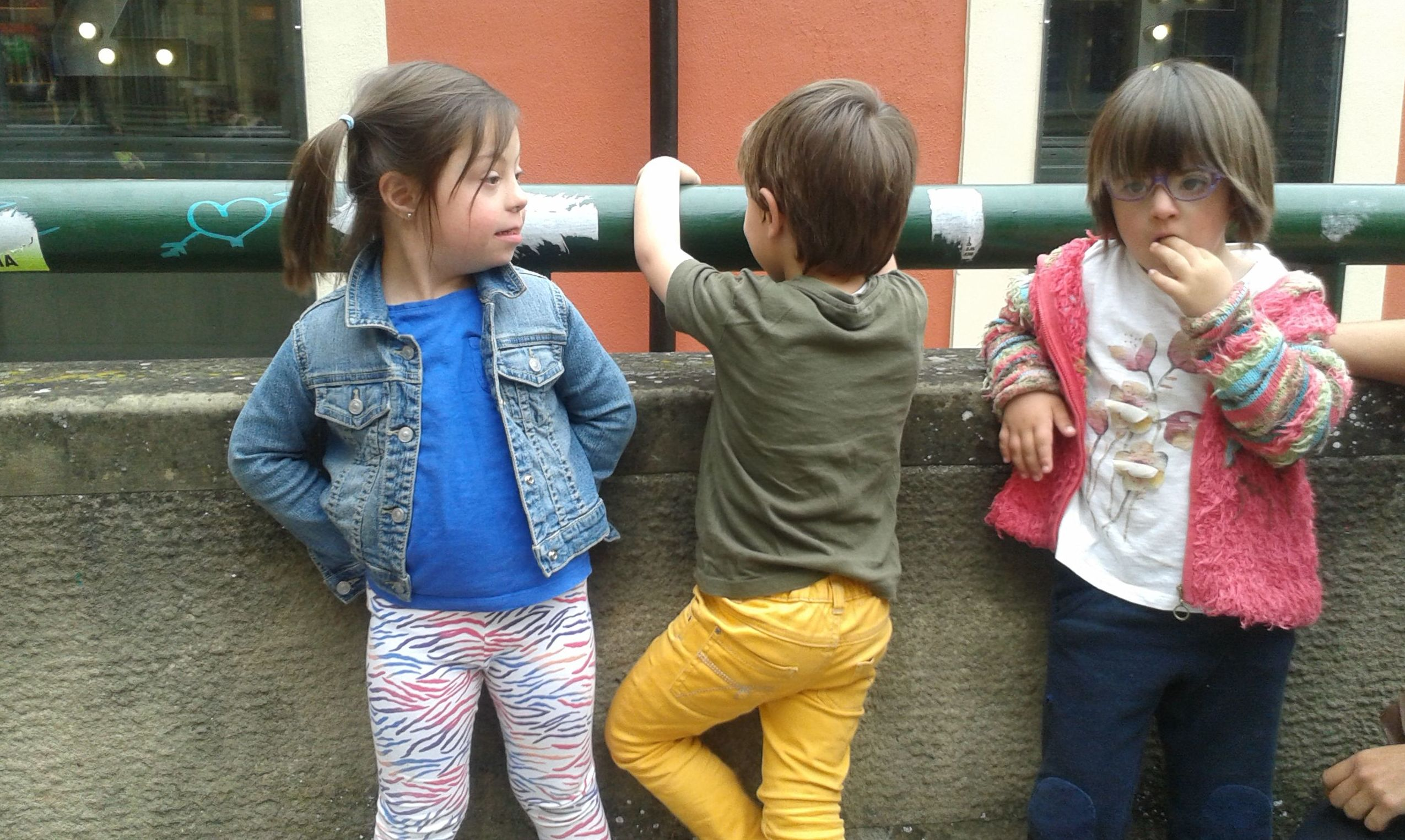 Los Tres Juntos