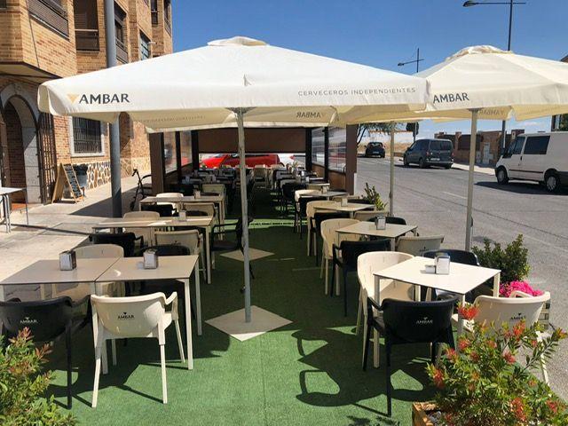 Restaurante con terraza en Torrejón de la Calzada