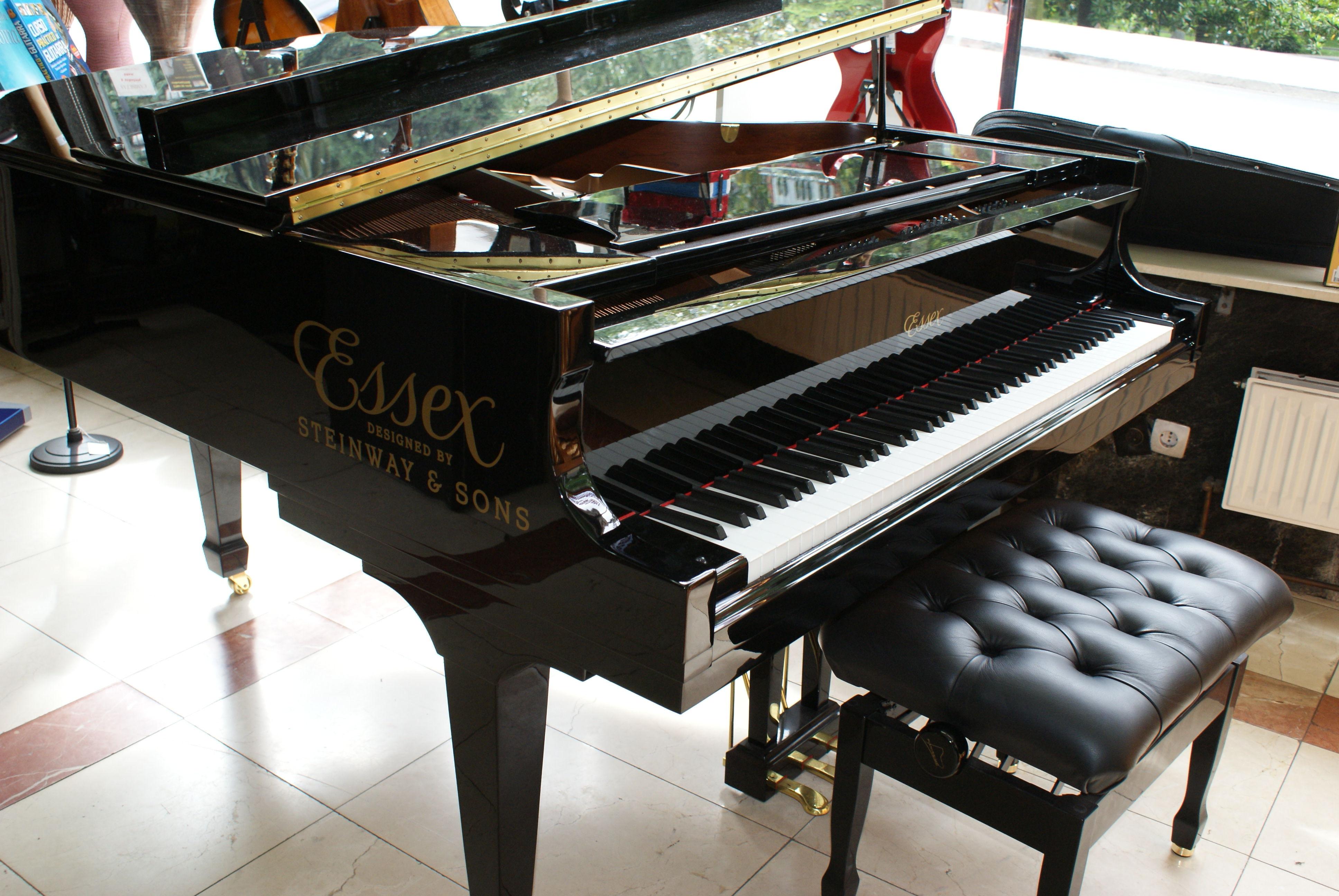 Foto 1 de Instrumentos de música en Oviedo | Galería Musical Arévalo