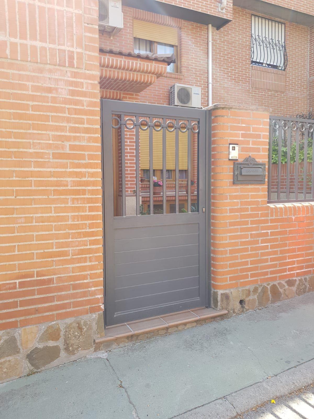 Puertas de aluminio en Móstoles