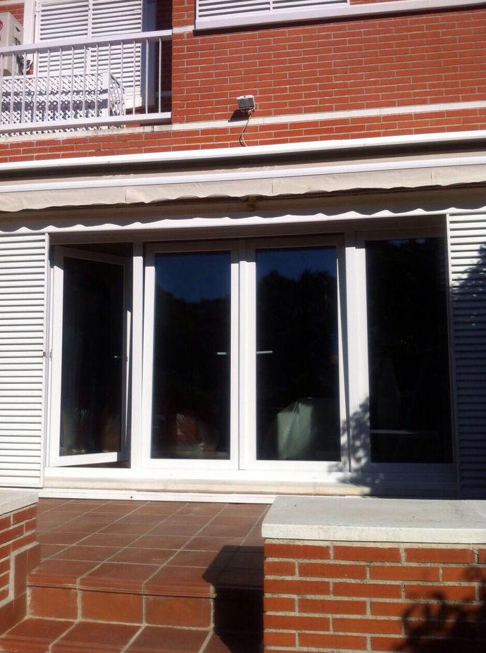 Fabricación y montaje de puertas y ventanas en el Corredor del Henares