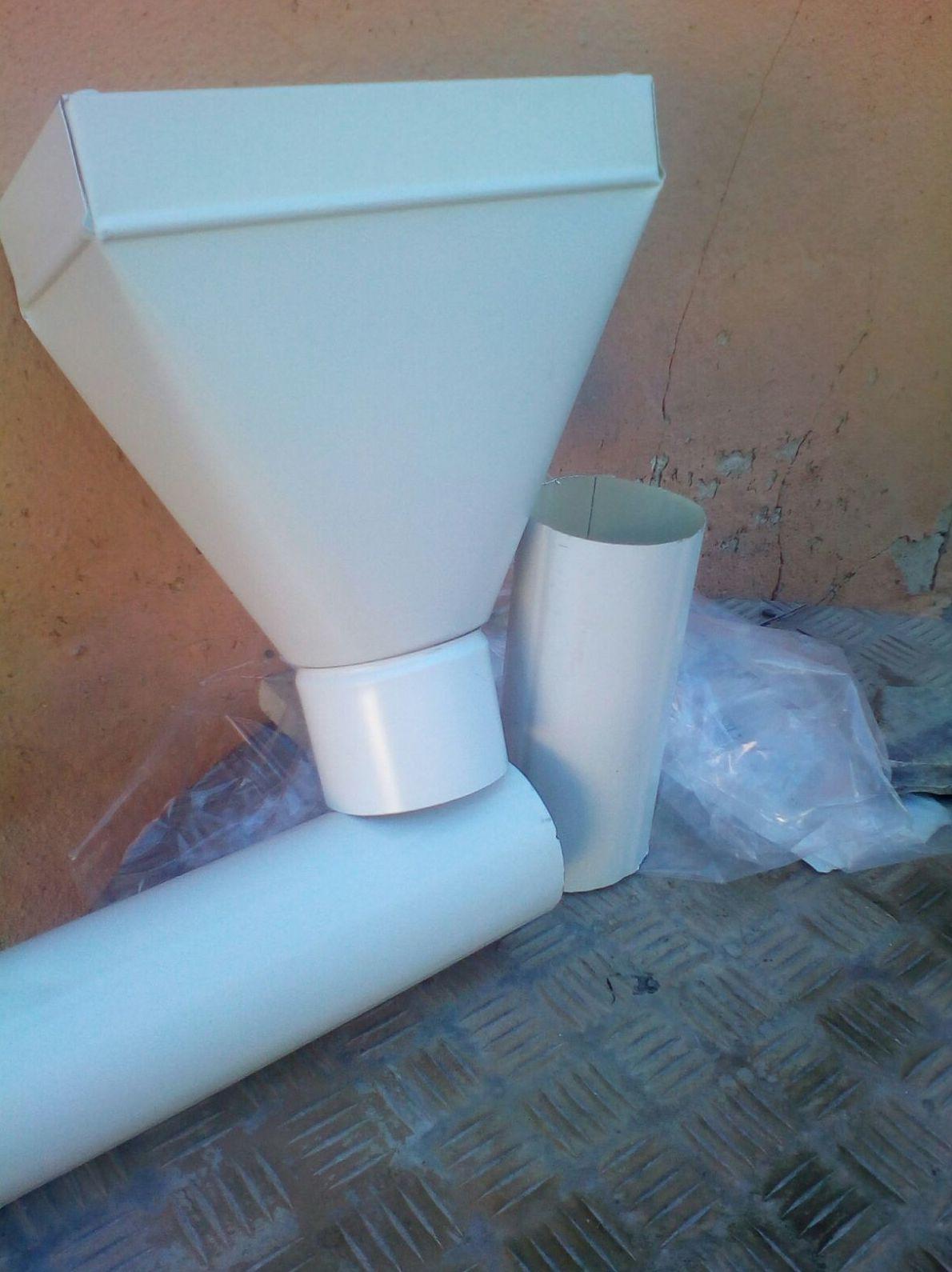 Foto 442 de Instalación de canalones de aluminio en  | Vicente Canalones