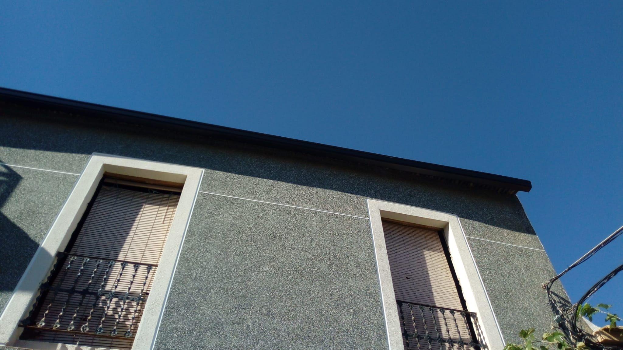 Foto 65 de Instalación de canalones de aluminio en  | Vicente Canalones