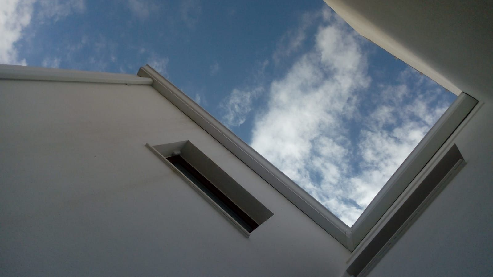 Foto 50 de Instalación de canalones de aluminio en  | Vicente Canalones
